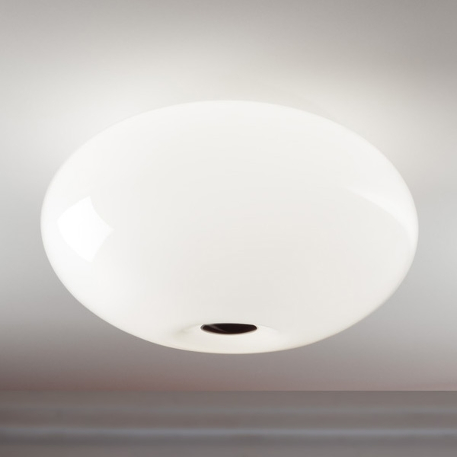 Joli plafonnier AIH 38 cm blanc brillant