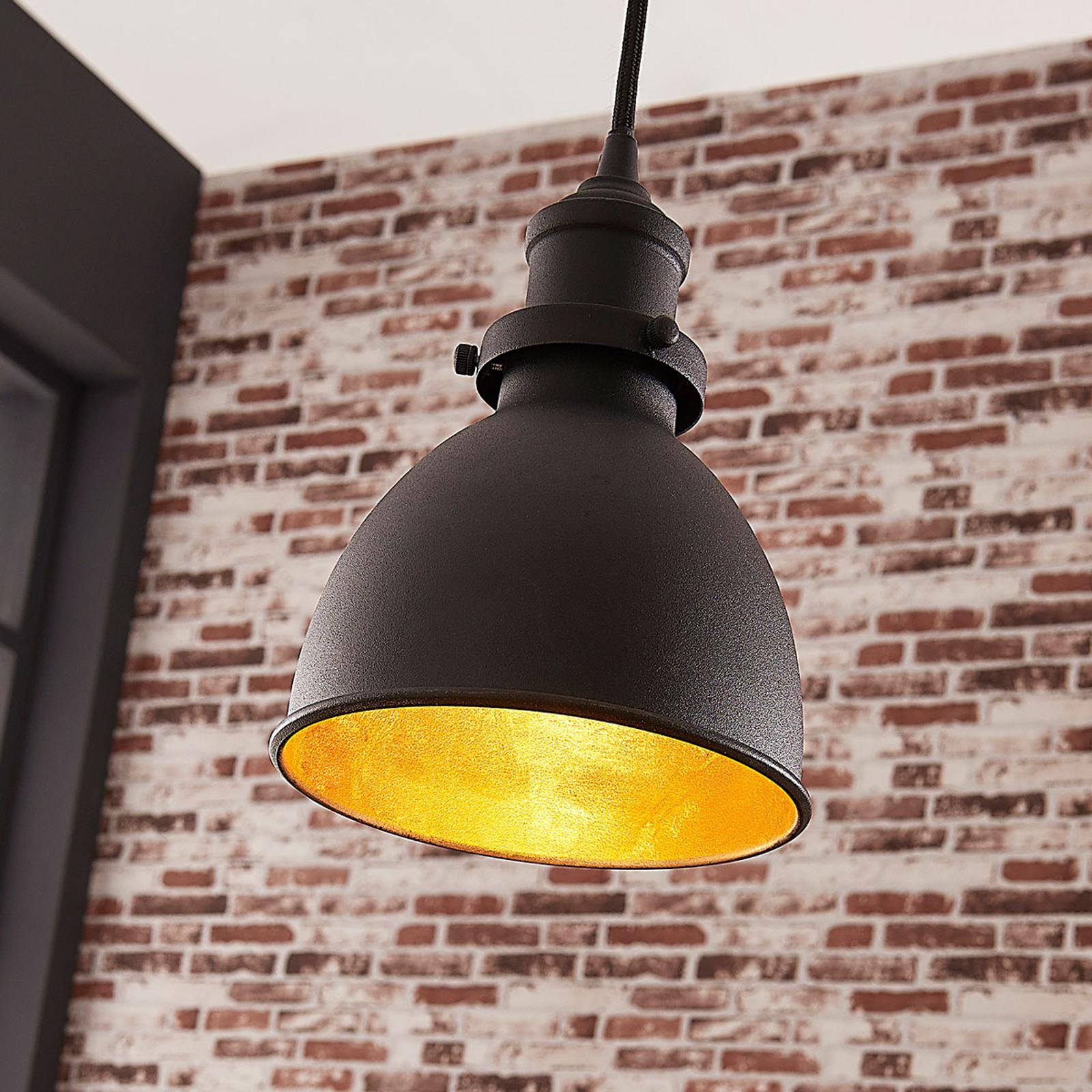 Czarna lampa wisząca Jasminka, styl industrialny