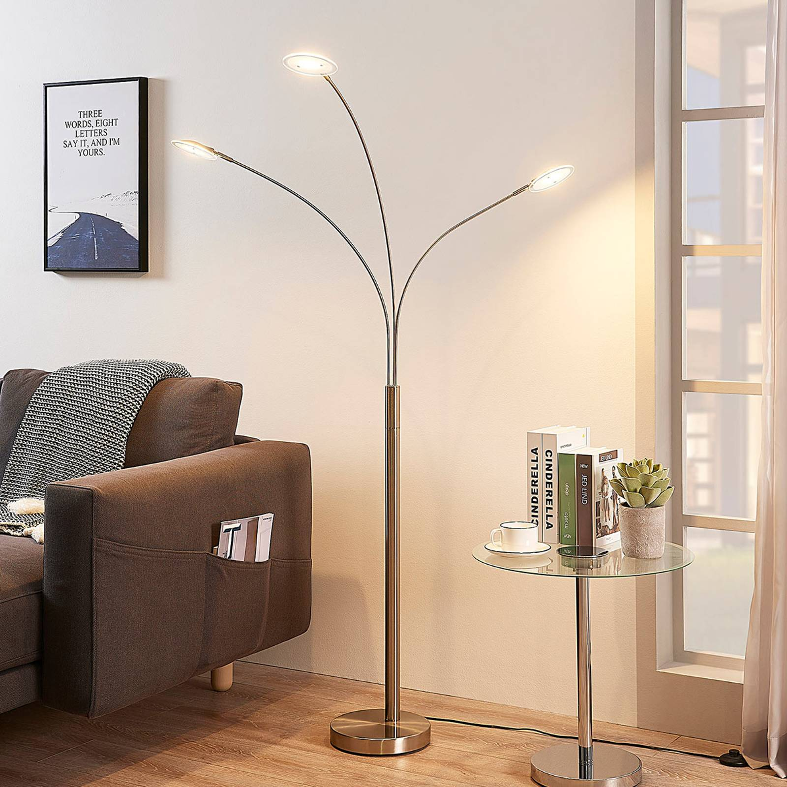 3-punktowa lampa stojąca LED Anea