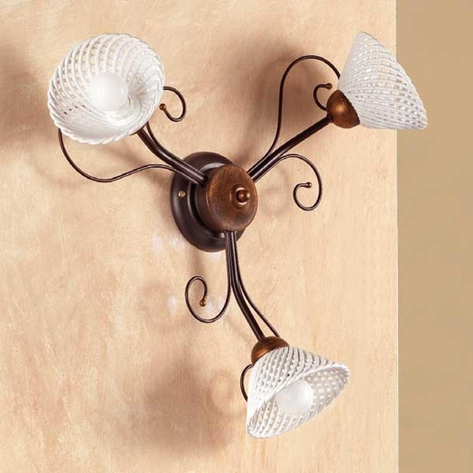 Stilfuld loftlampe RETINA, med 3 lyskilder.