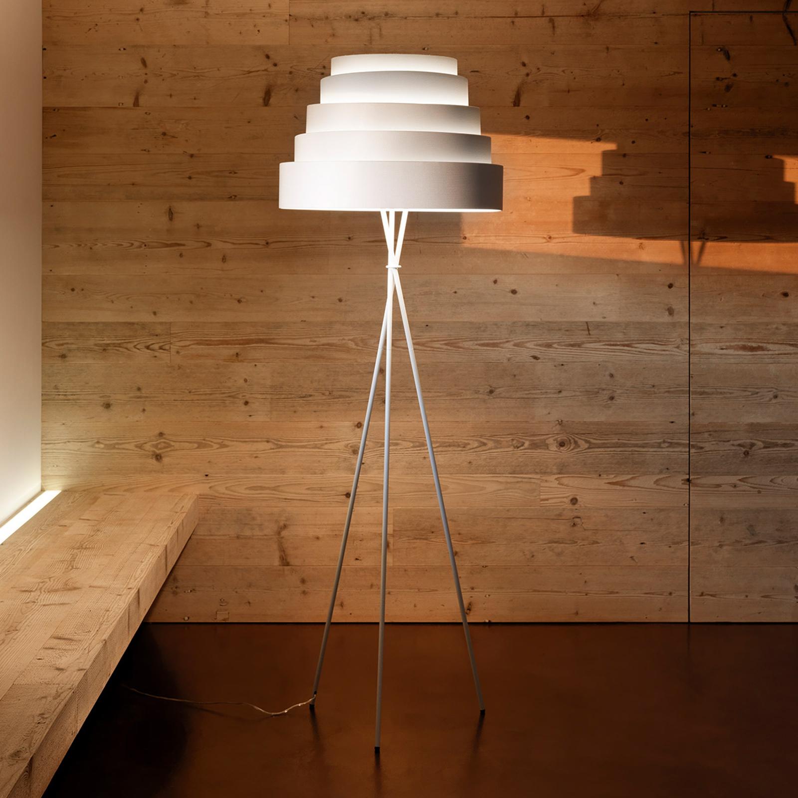 Babel - fin stålampe på stativ, hvit