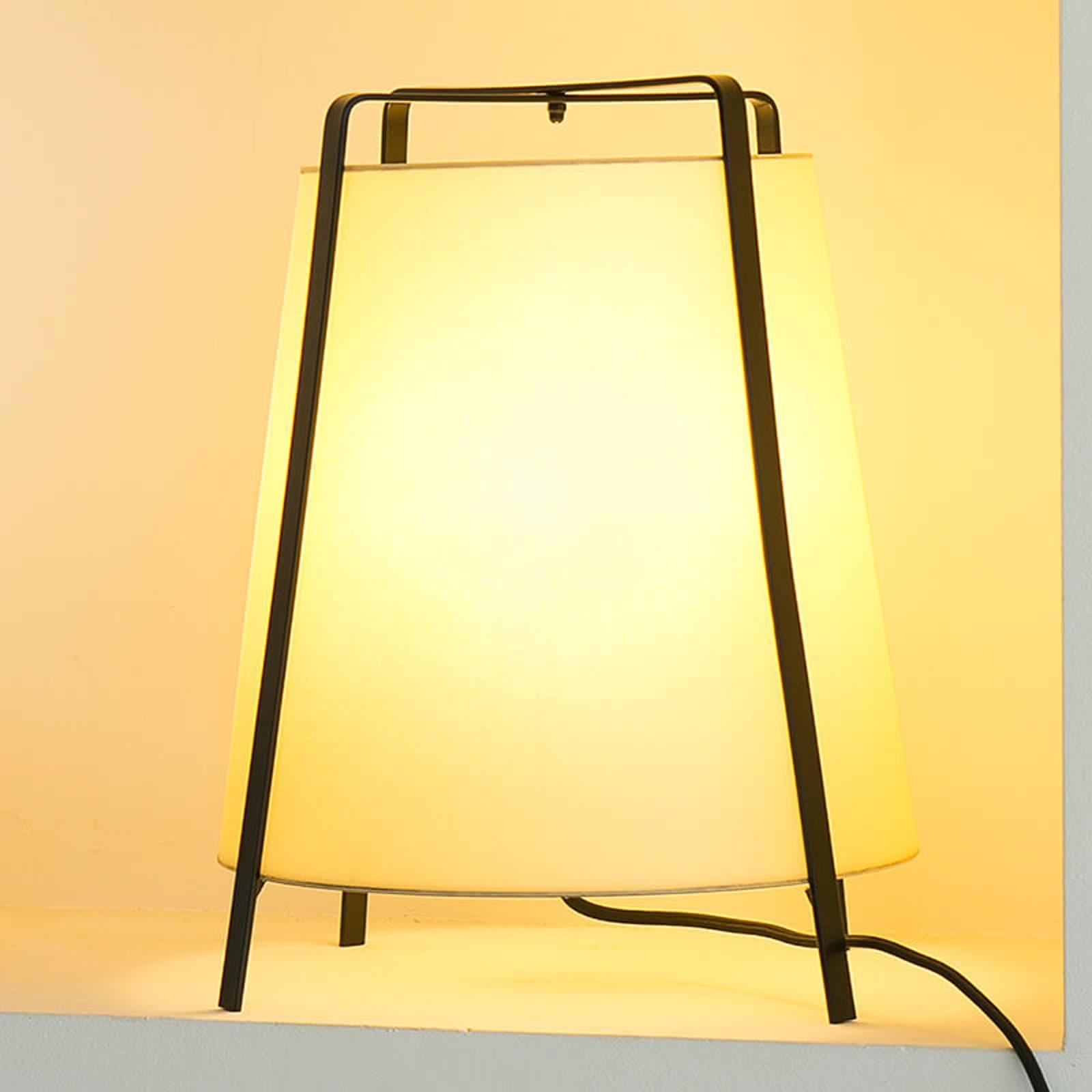 In Spanje geproduceerde tafellamp Akane