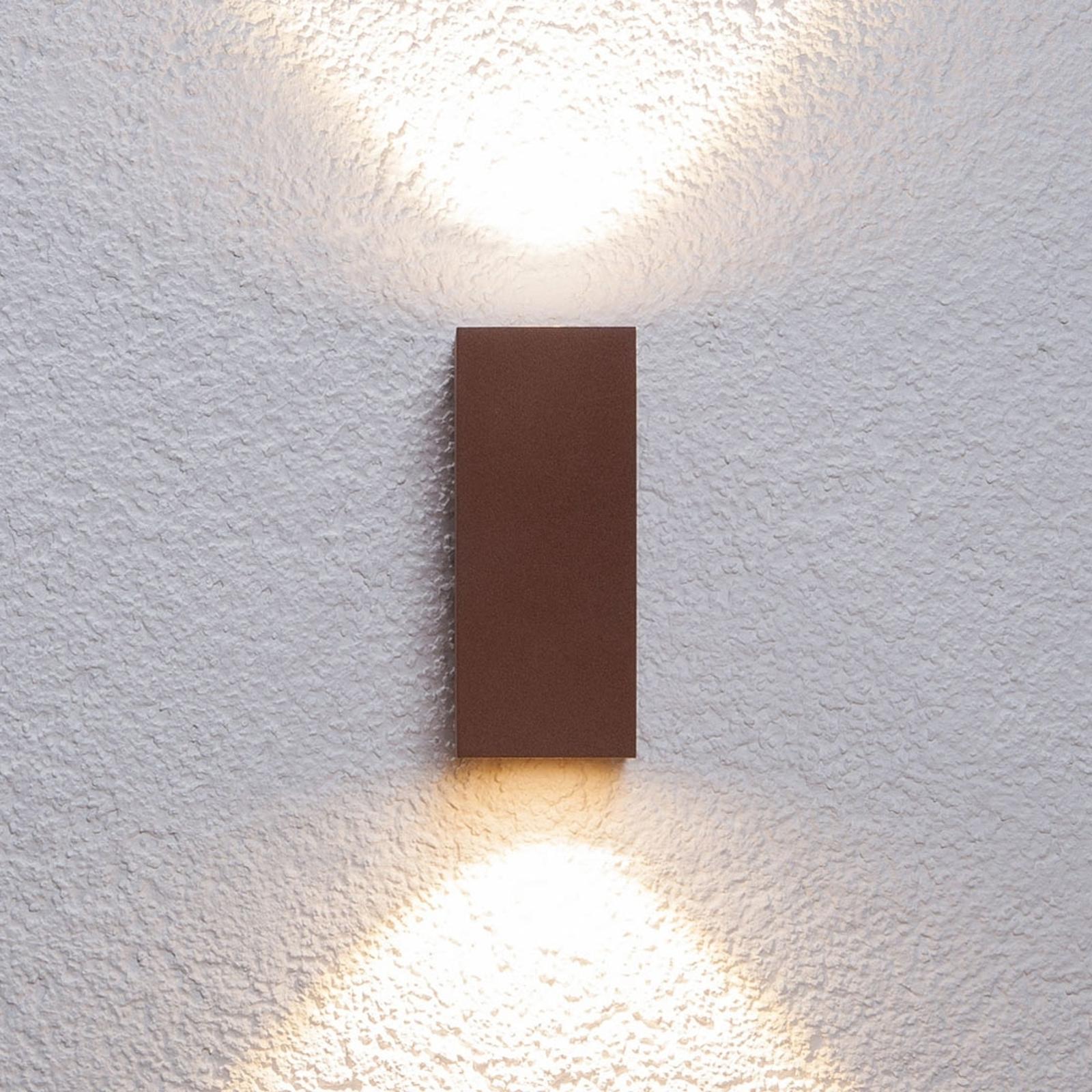 Ljusstark LED-utomhusvägglampa Tavi rostbrun