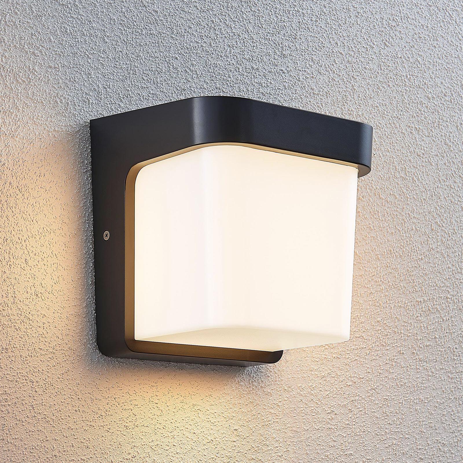 LED-ulkoseinälamppu Adenike ilman anturia