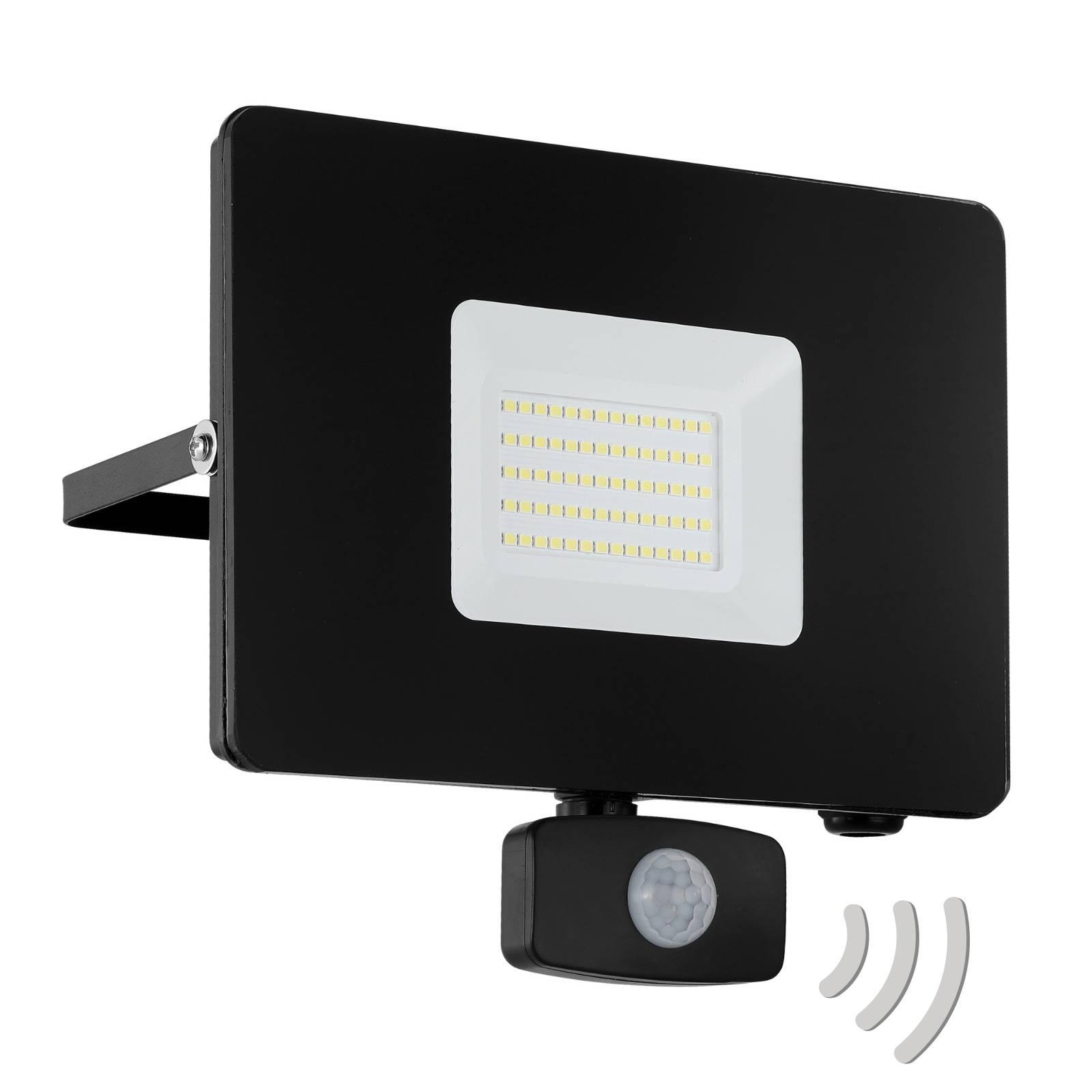 LED buitenspot Faedo 3 met sensor, zwart, 50W