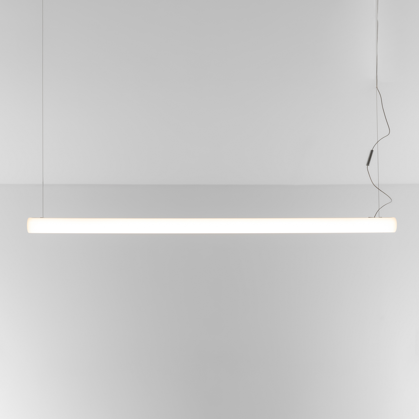 Artemide Alphabet of light linear via appli 120 cm