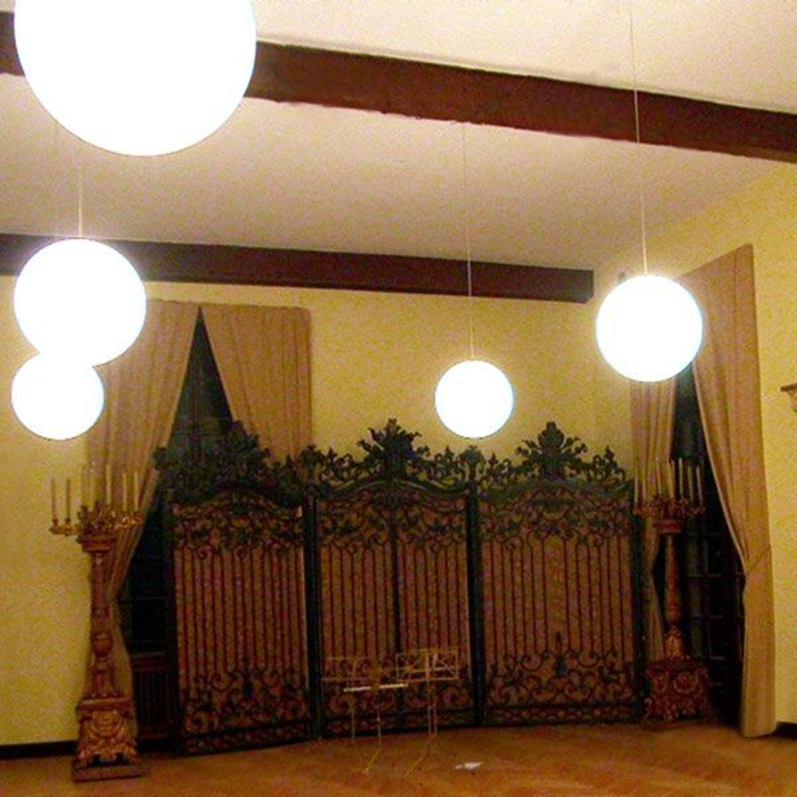 Exquisite Snowball Pendant Lamp, White, for Inside_3050046_1