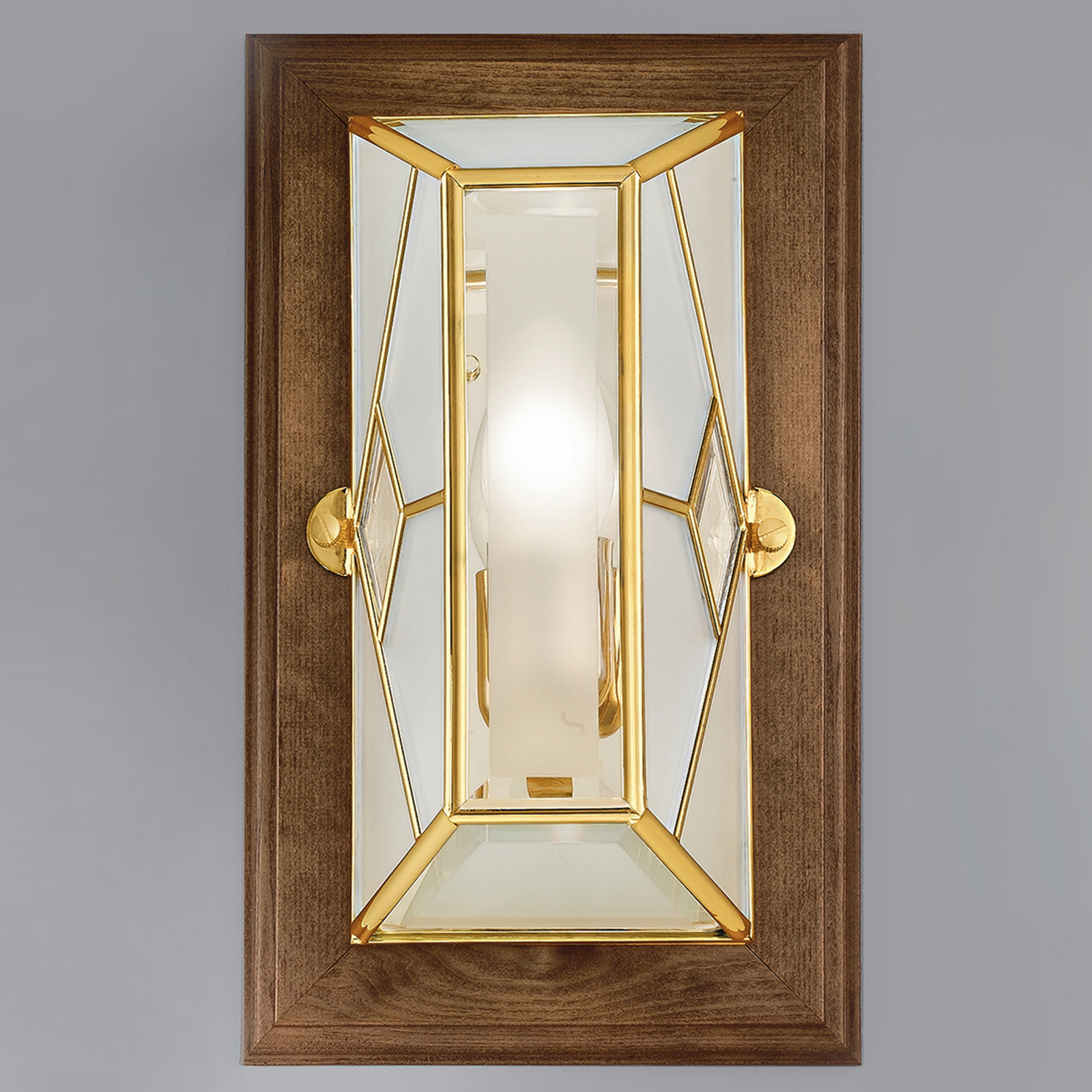 Cordana - hoekige wandlamp met houten frame