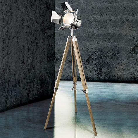 Drevená stojaca lampa Evy s reflektorom chróm