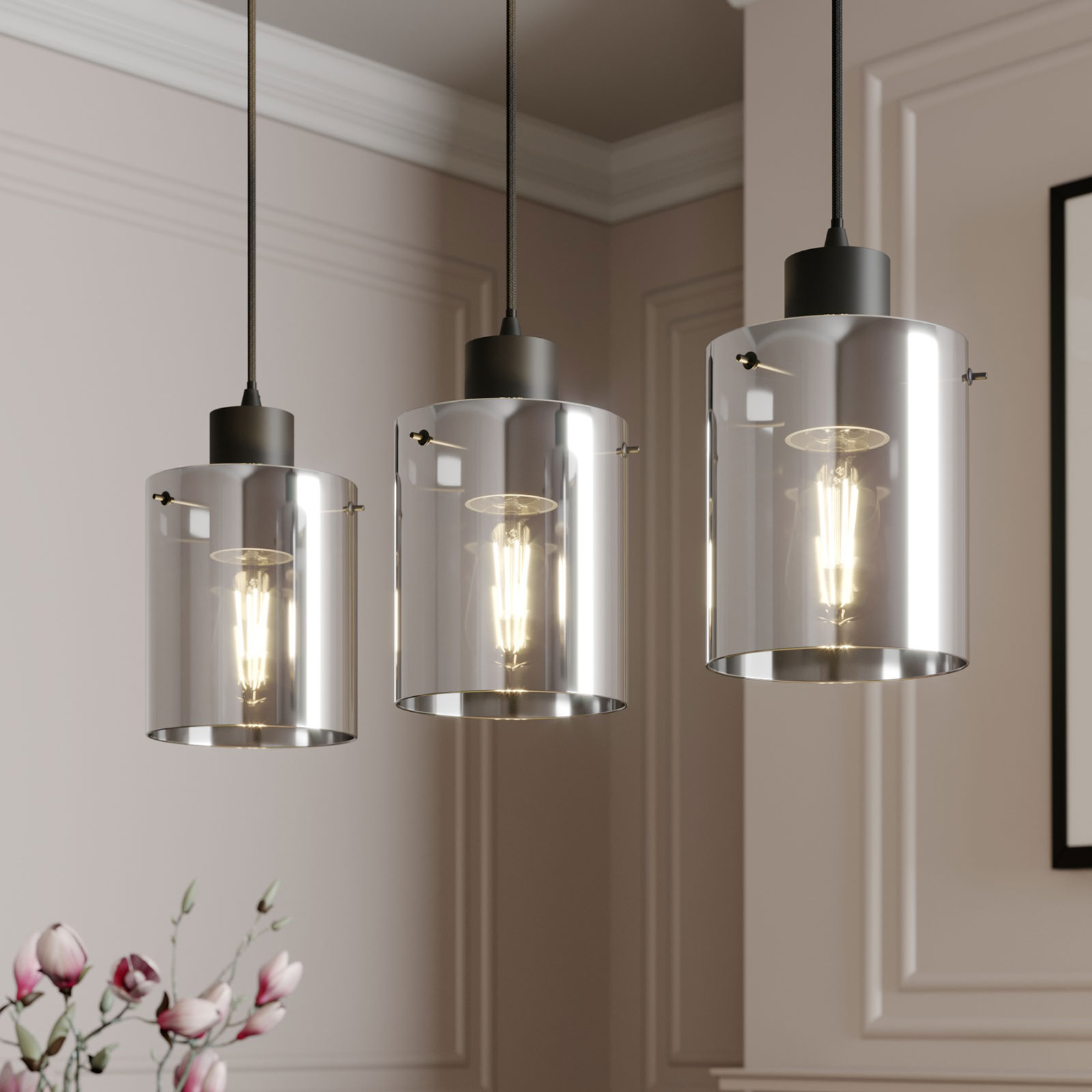 Lindby Kourtney hengelampe med glasskjerm, 3 lys
