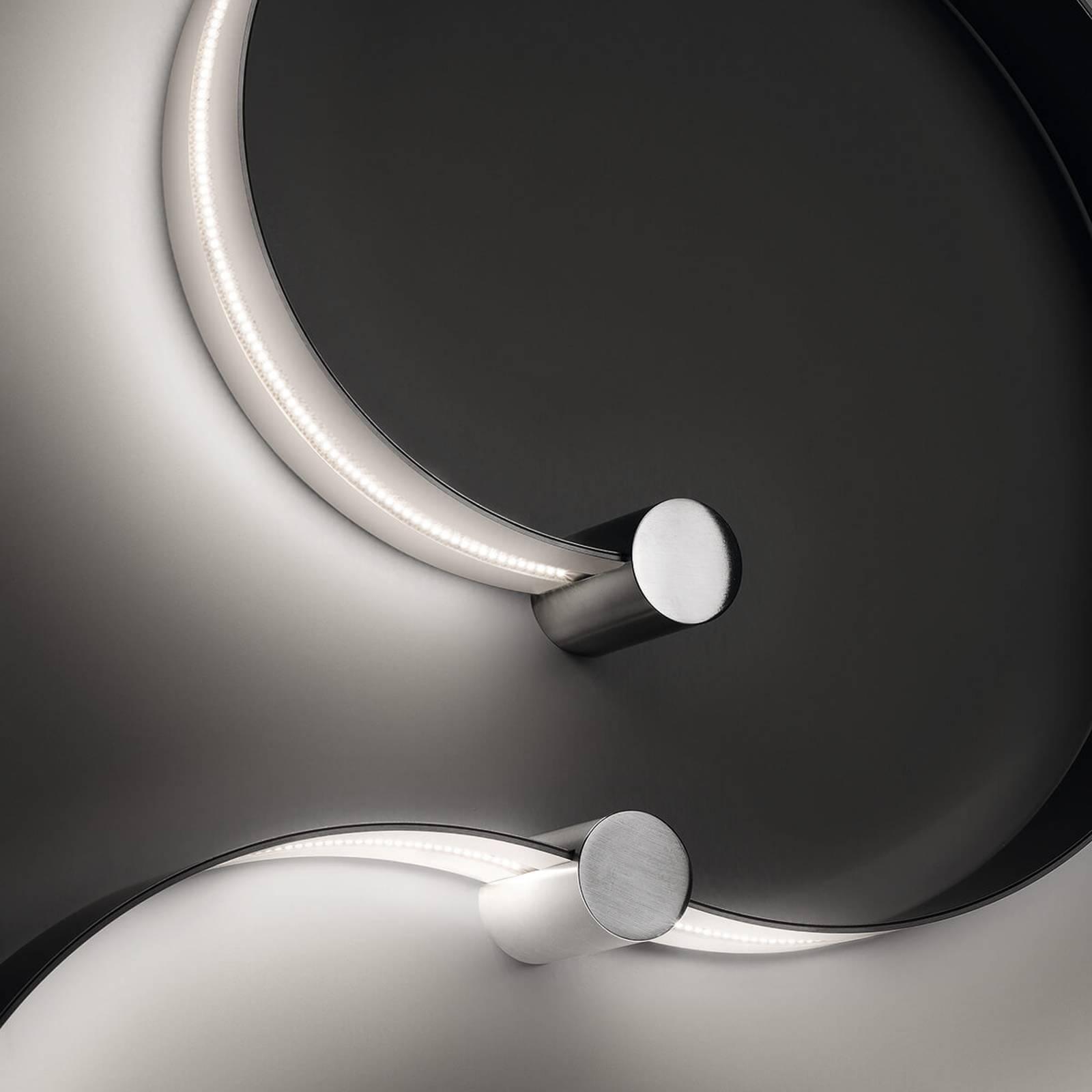 Cini&Nils FormaLa2 biegsame LED-Wandleuchte 2.700K