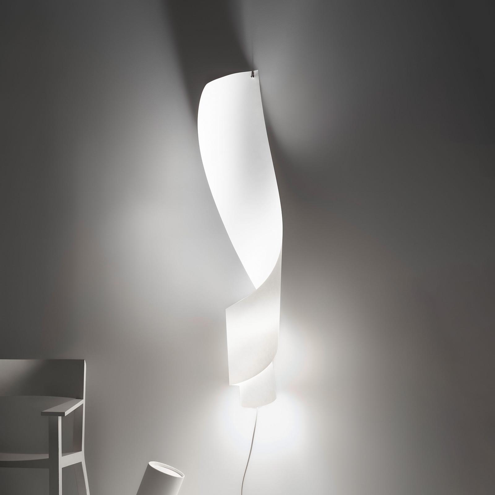Ingo Maurer Oop's 1 wandlamp van papier