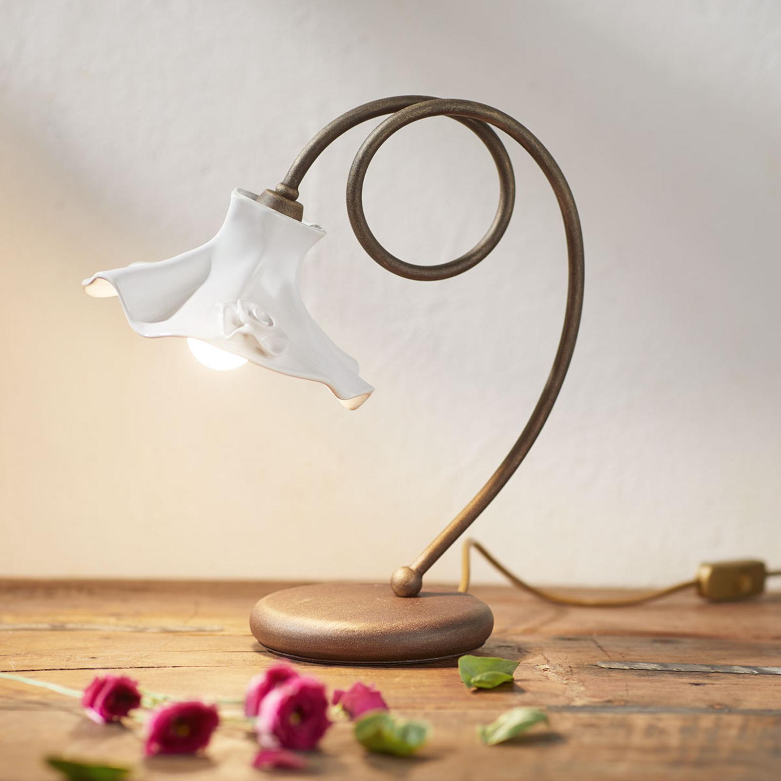 Attraktiv bordlampe ELEONORA