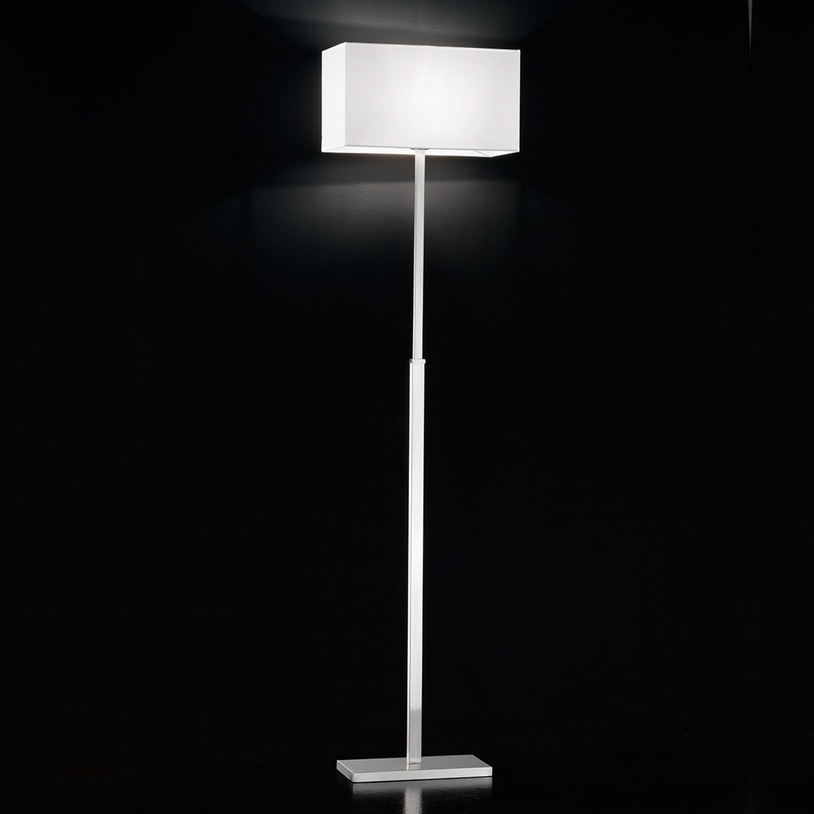 Sobre et moderne lampadaire Emilian