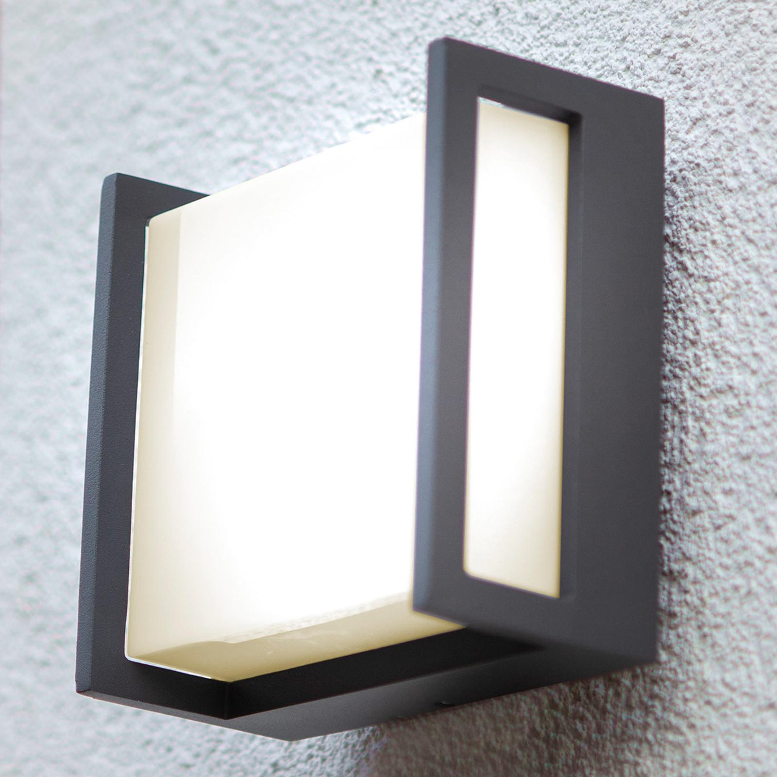 Qubo udendørs LED-væglampe, 14 cm x 14 cm