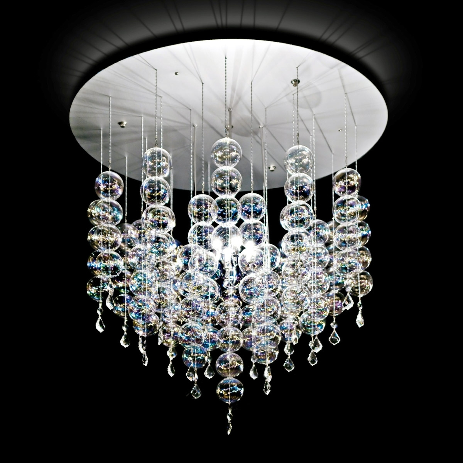 Soap - lampa wisząca ze szlachetnymi szklan kulami