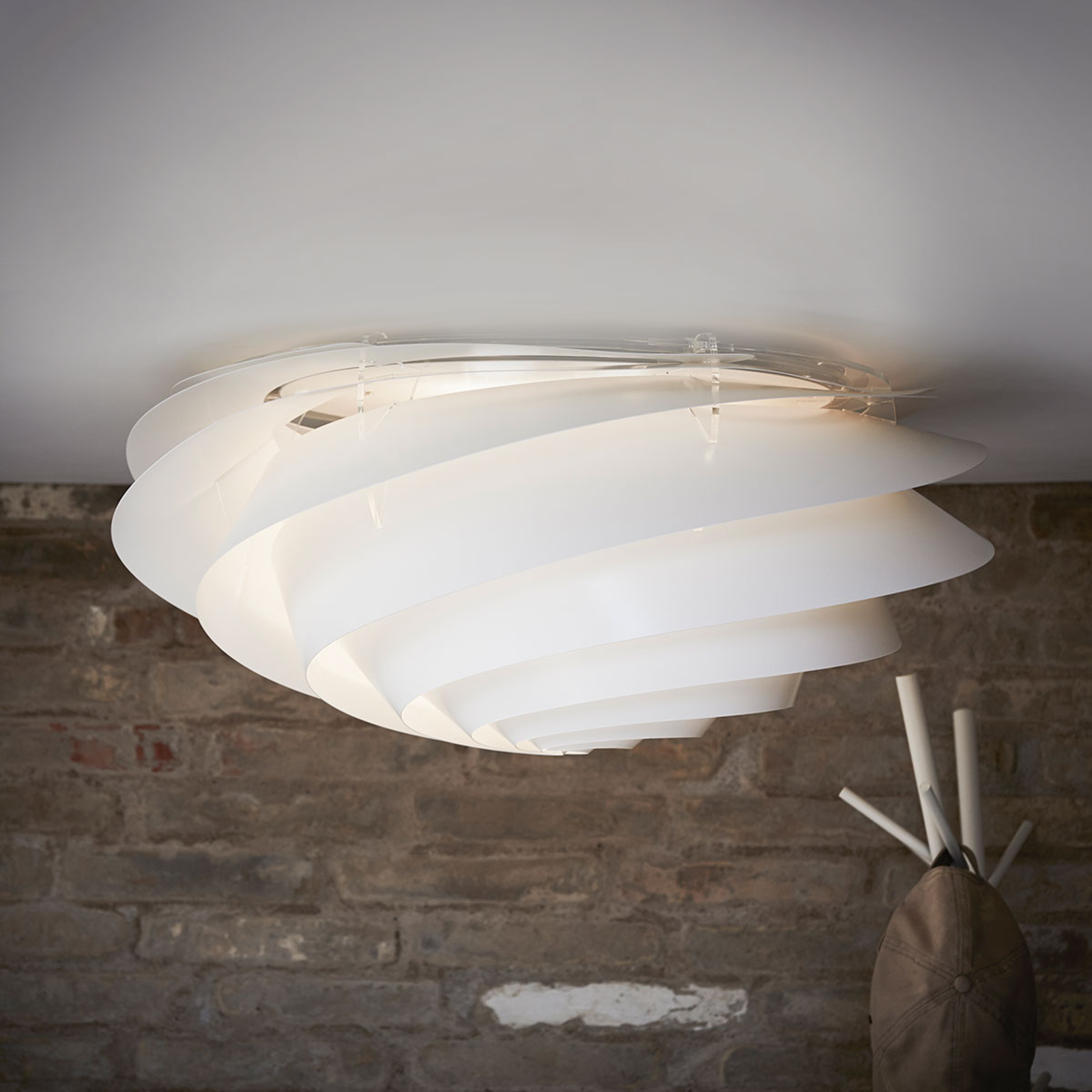 LE KLINT Swirl Large nástěnné světlo bílé stmívací