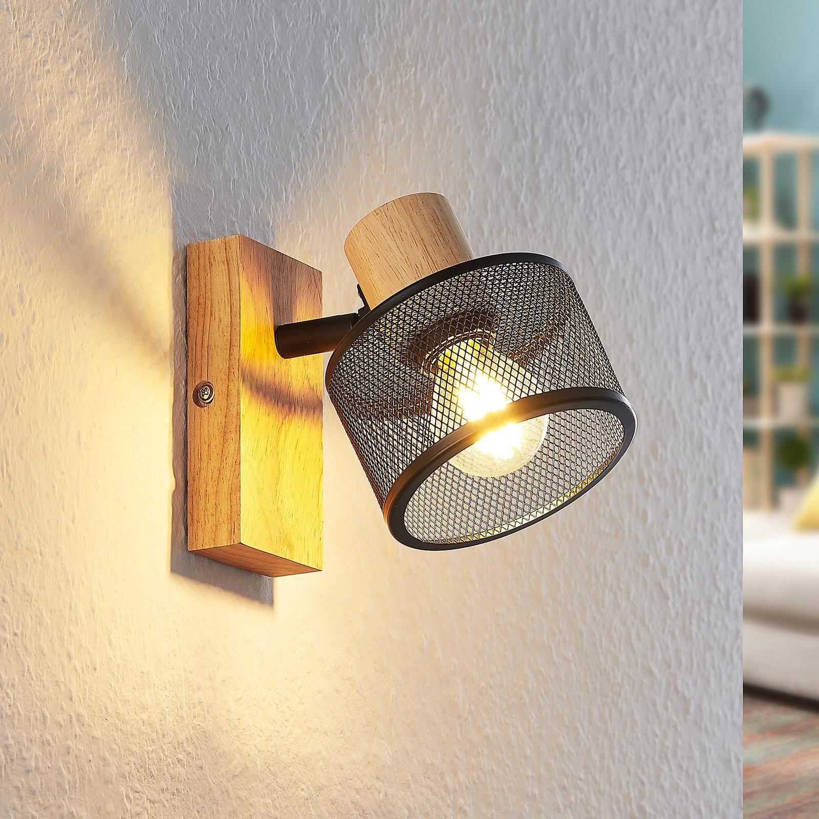 Lindby Evinora nástěnný reflektor ze dřeva