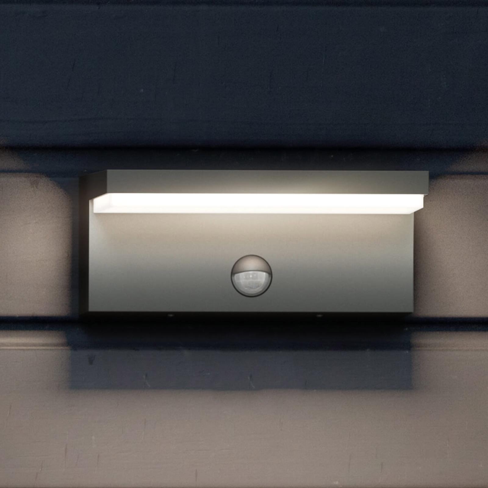 Philips Bustan IR – utendørs LED-vegglampe, sensor