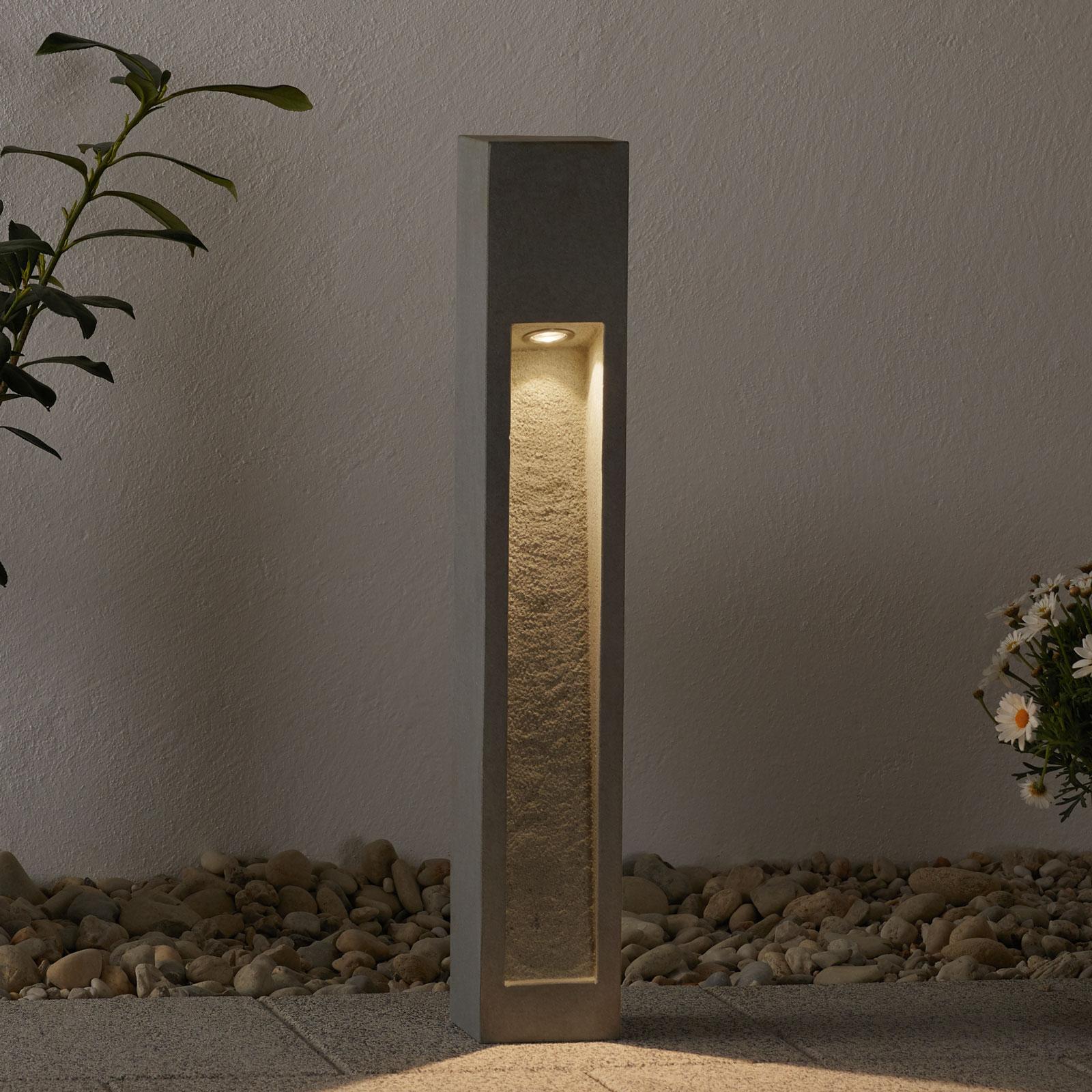 Acquista Robusto lampioncino LED Arrock Stone