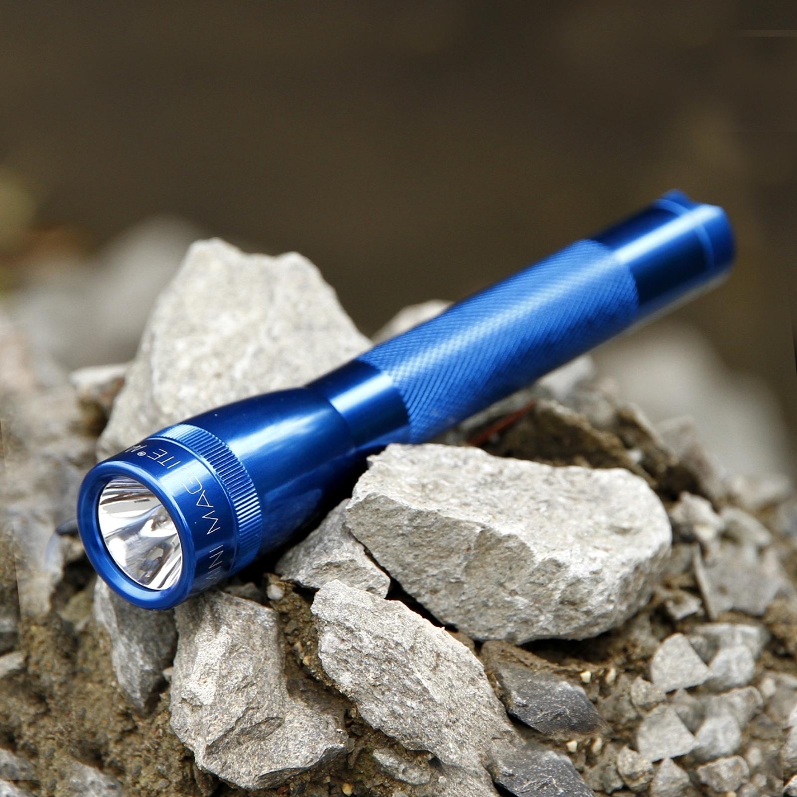 Praktisk ficklampa Mini-Maglite 2AA-cell, blå
