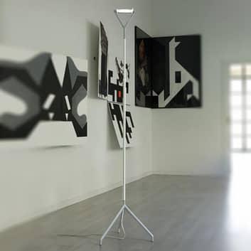 Lola - en multifunktionell golvlampa