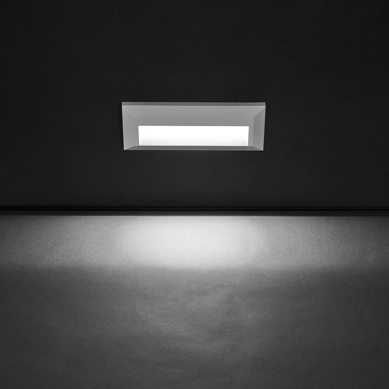Breit strahlende LED-Außenwandleuchte Kössel
