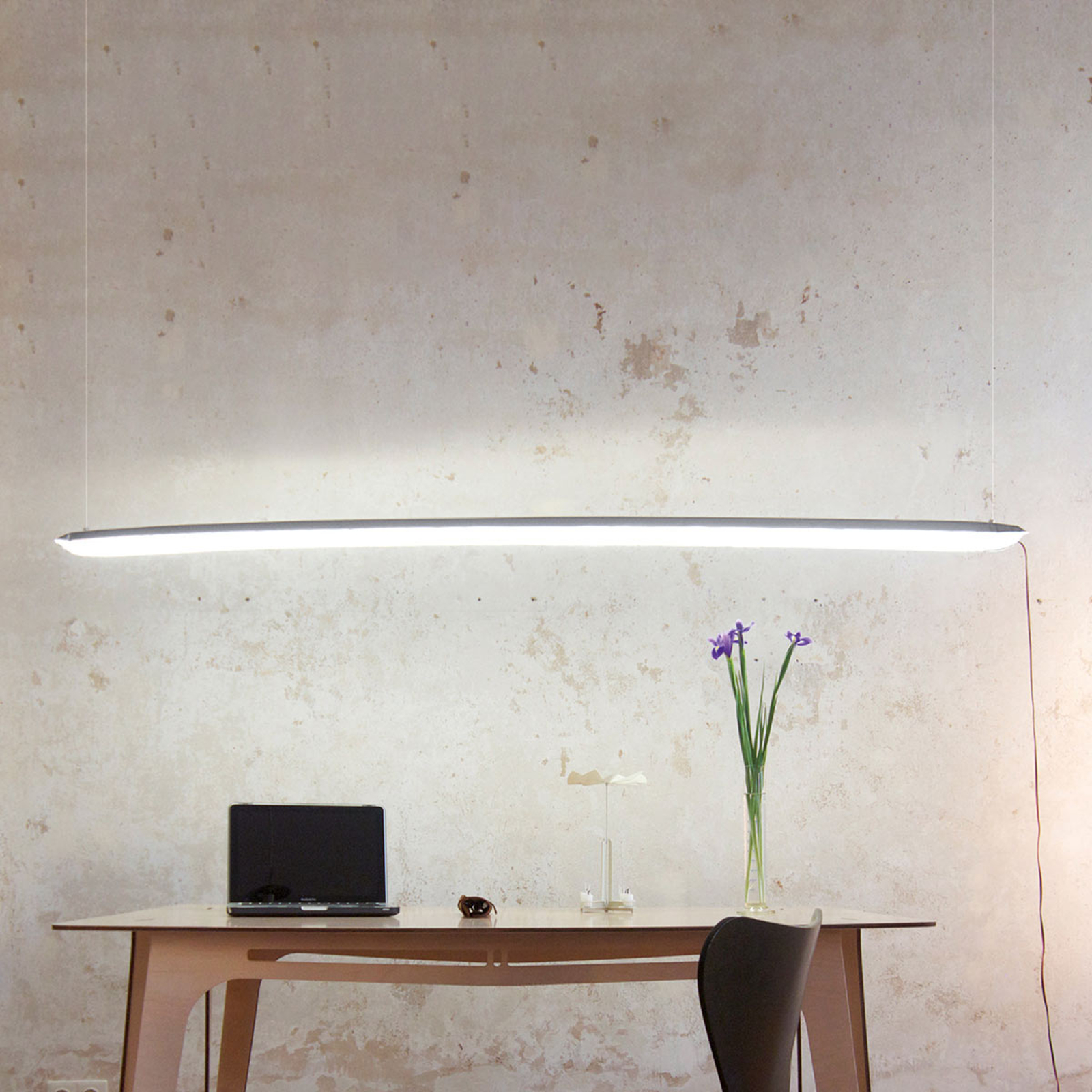 Ingo Maurer Blow me up LED-Leuchte 120 cm silber