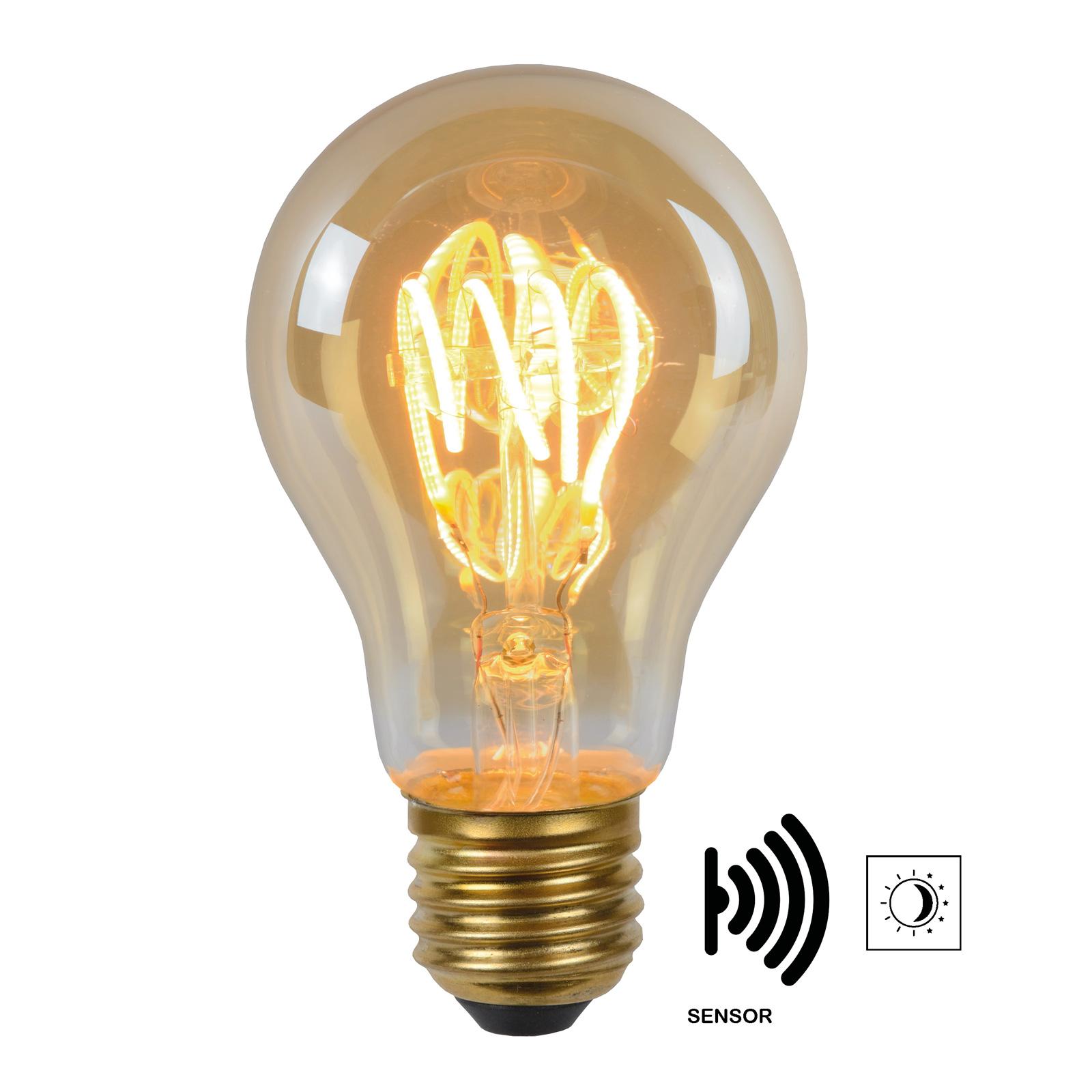 LED-pære E27 A60 4W 2.200K, rav, dag/nat-sensor