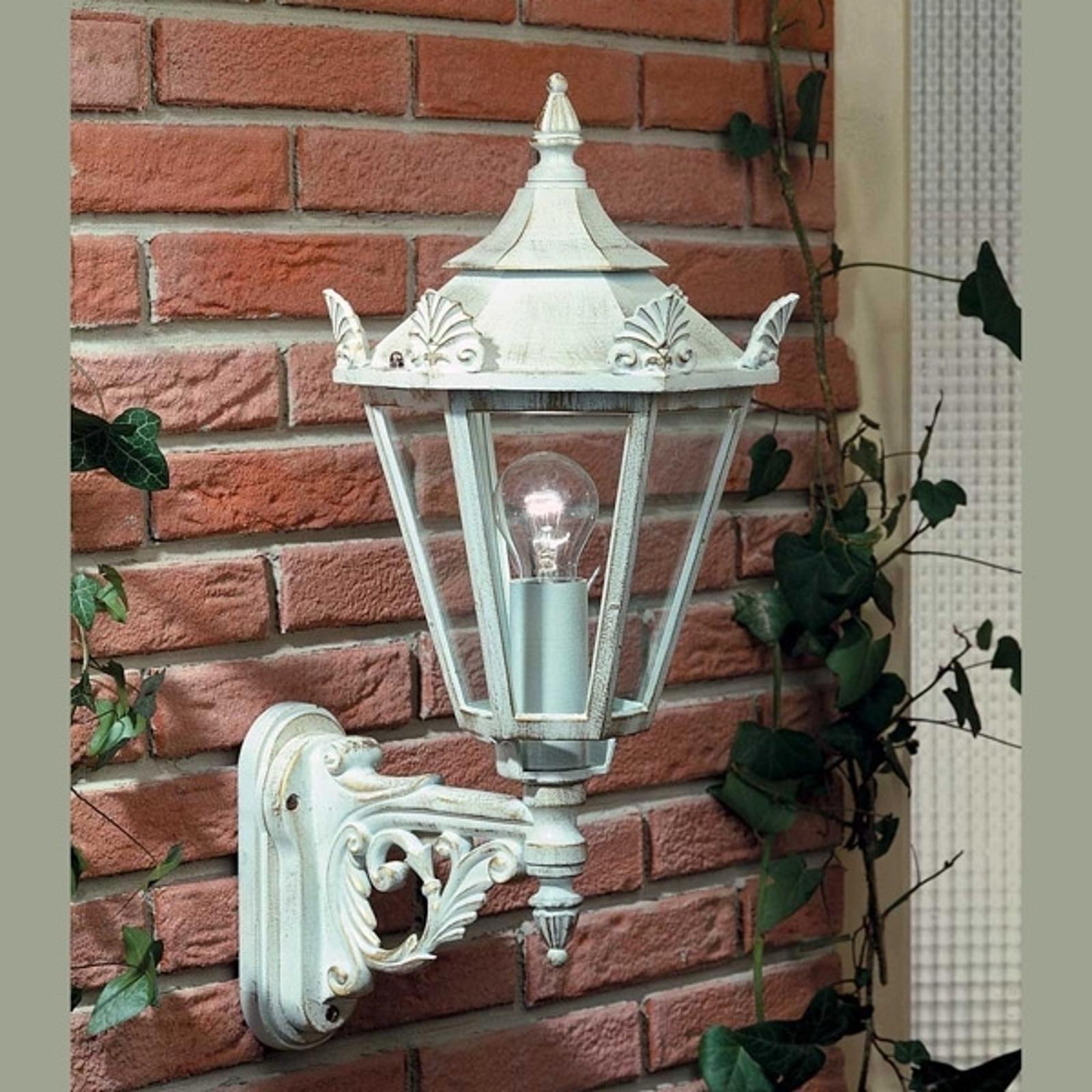 Zewnętrzna lampa ścienna w stylu dworkowym 748 W
