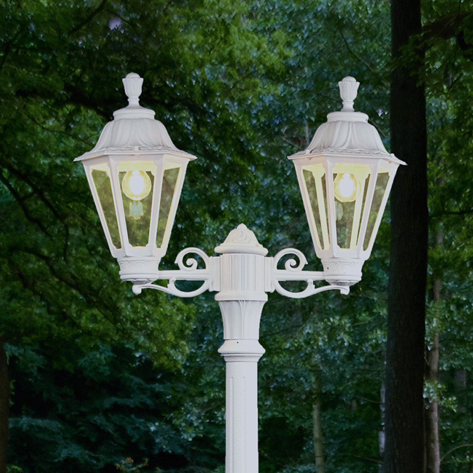 Lampadaire LED Artu Rut à 2 lampes, E27, blanc