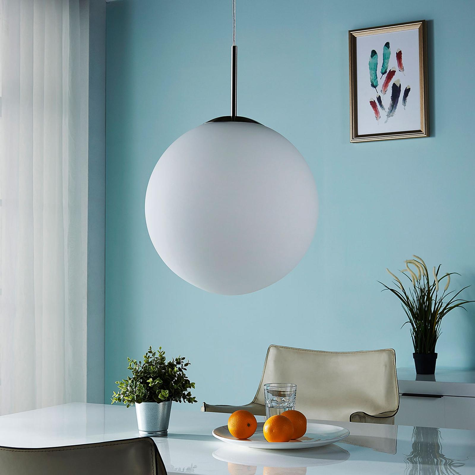 Lámpara colgante Marike esférica vidrio opalino