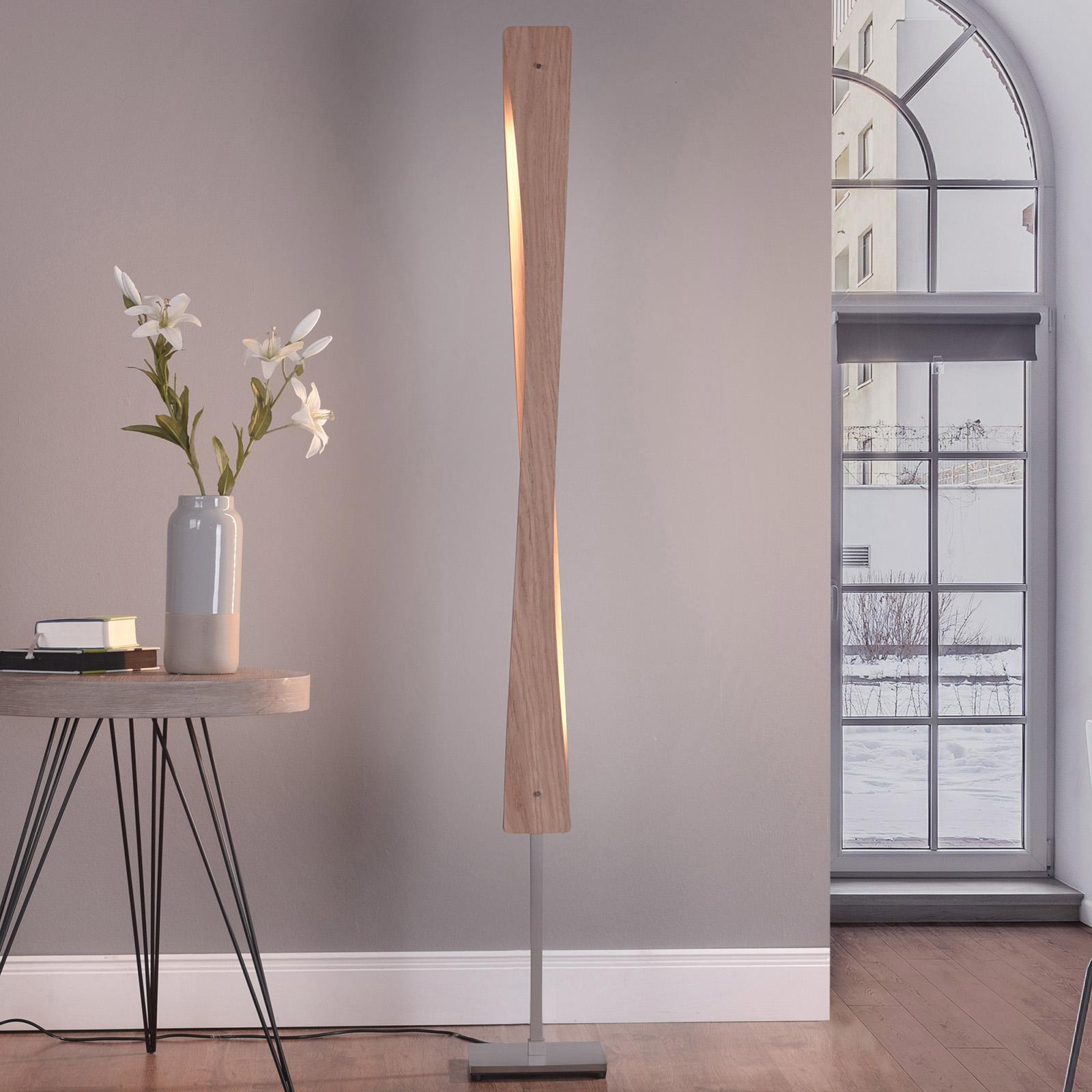 Lucande Lian LED-gulvlampe, egetræ