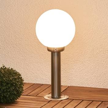 Atrakcyjna lampa cokołowa Vedran