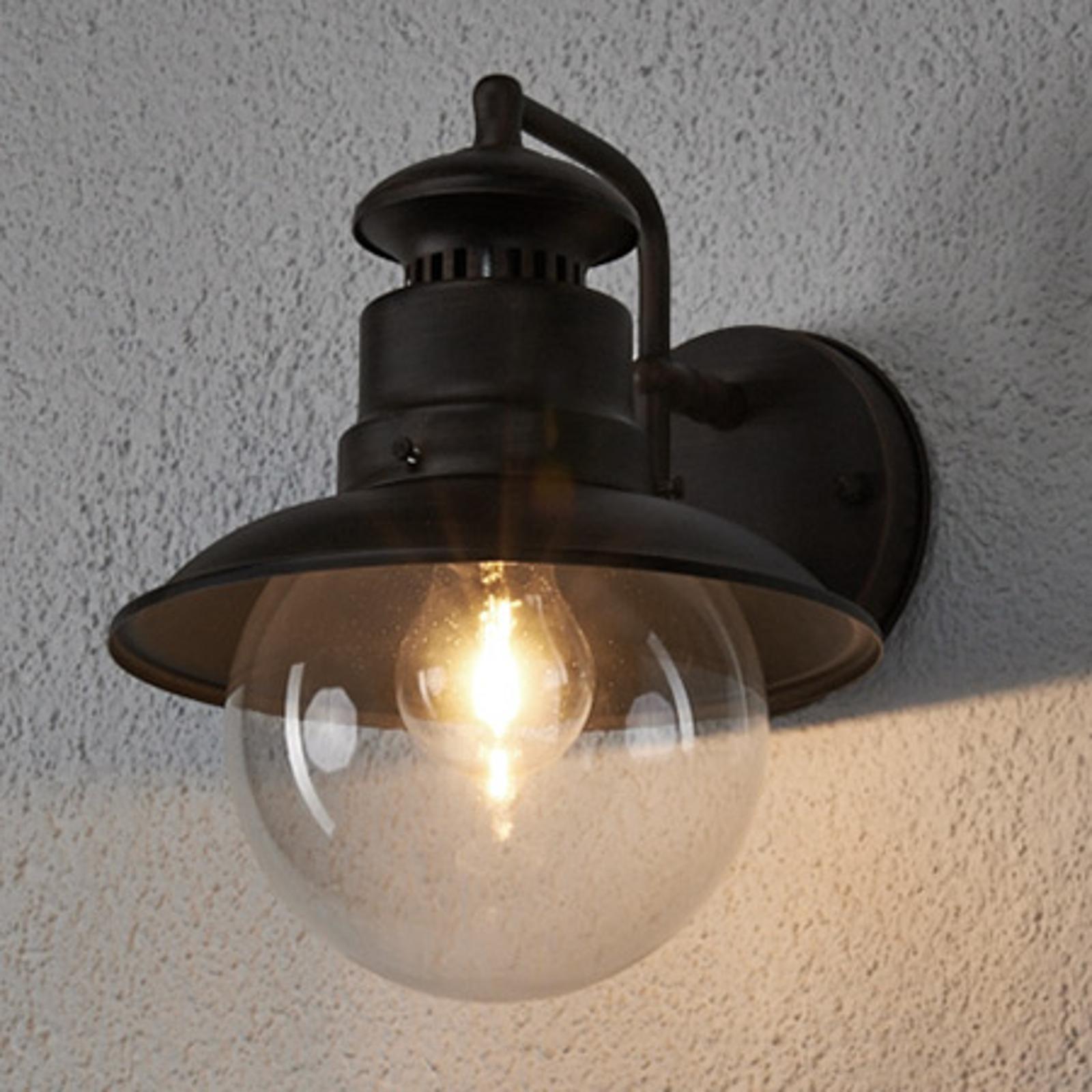 Rustykalna zewnętrzna lampa ścienna Eddie, IP44