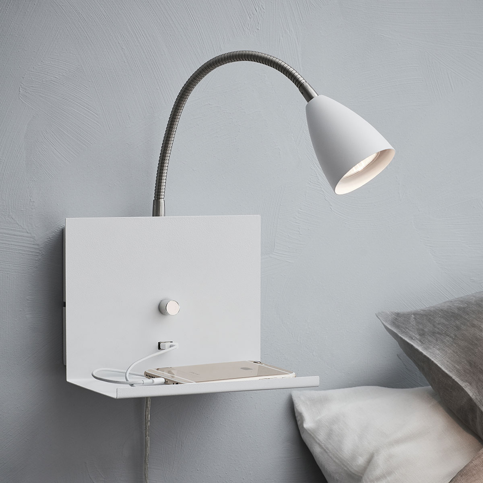 Wandlamp Logi met plank, wit
