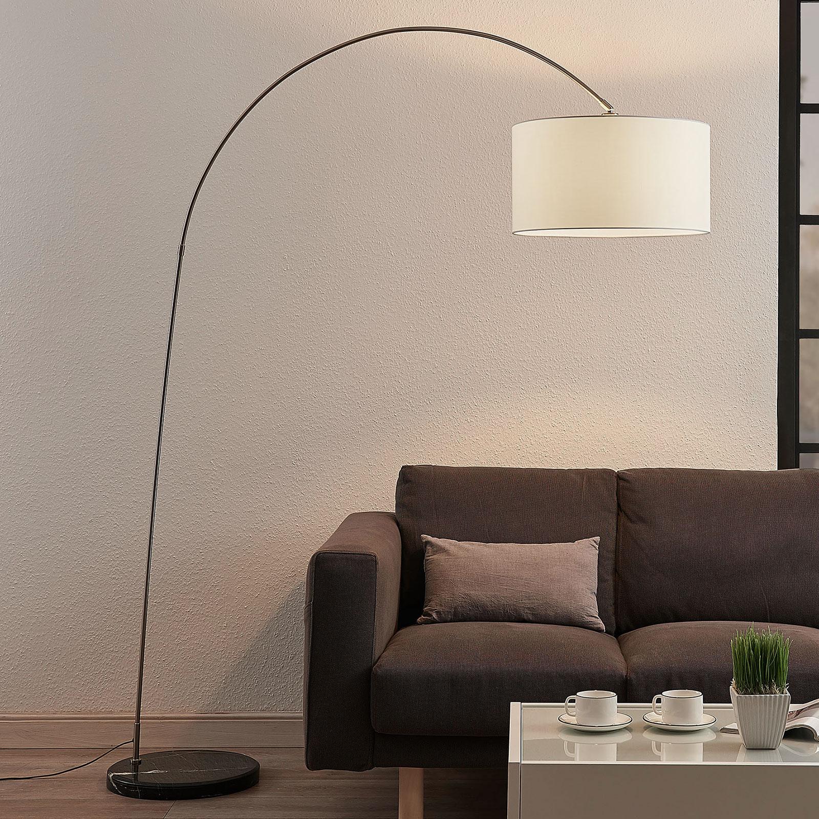 Łukowa lampa stojąca Belinda, biały klosz tkanina