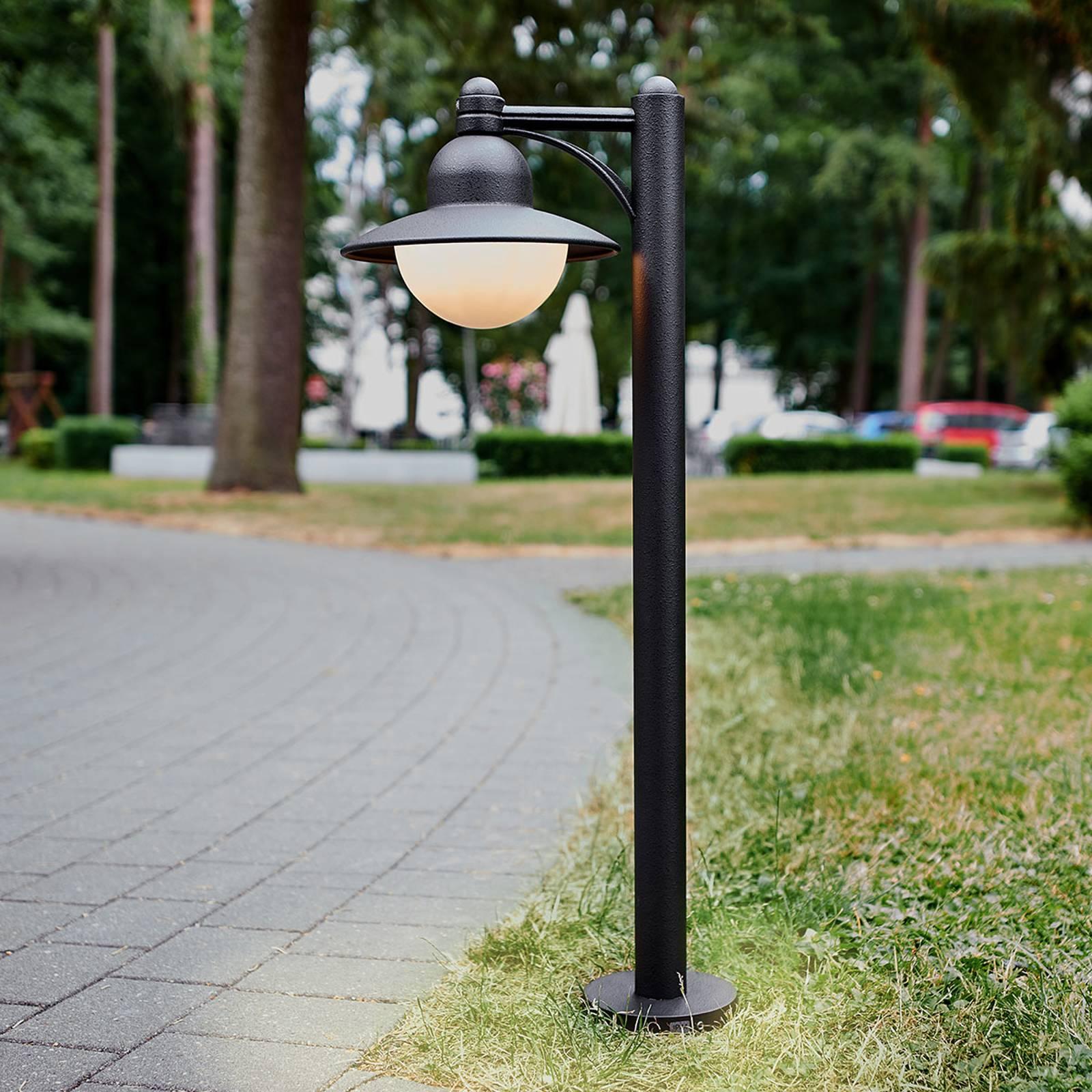 W kolorze czarnym - słupek oświetleniowy Yarai