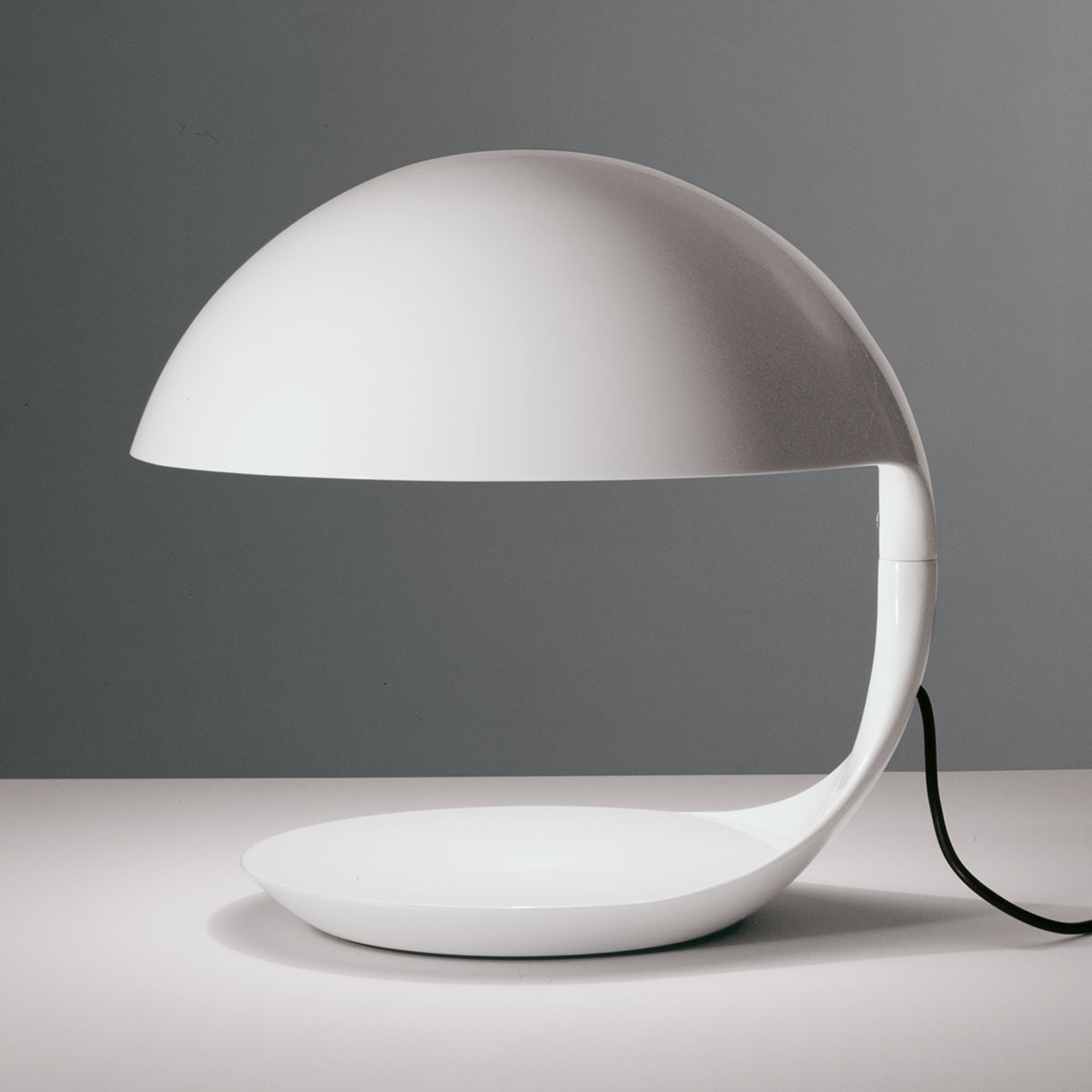 Retro tafellamp COBRA