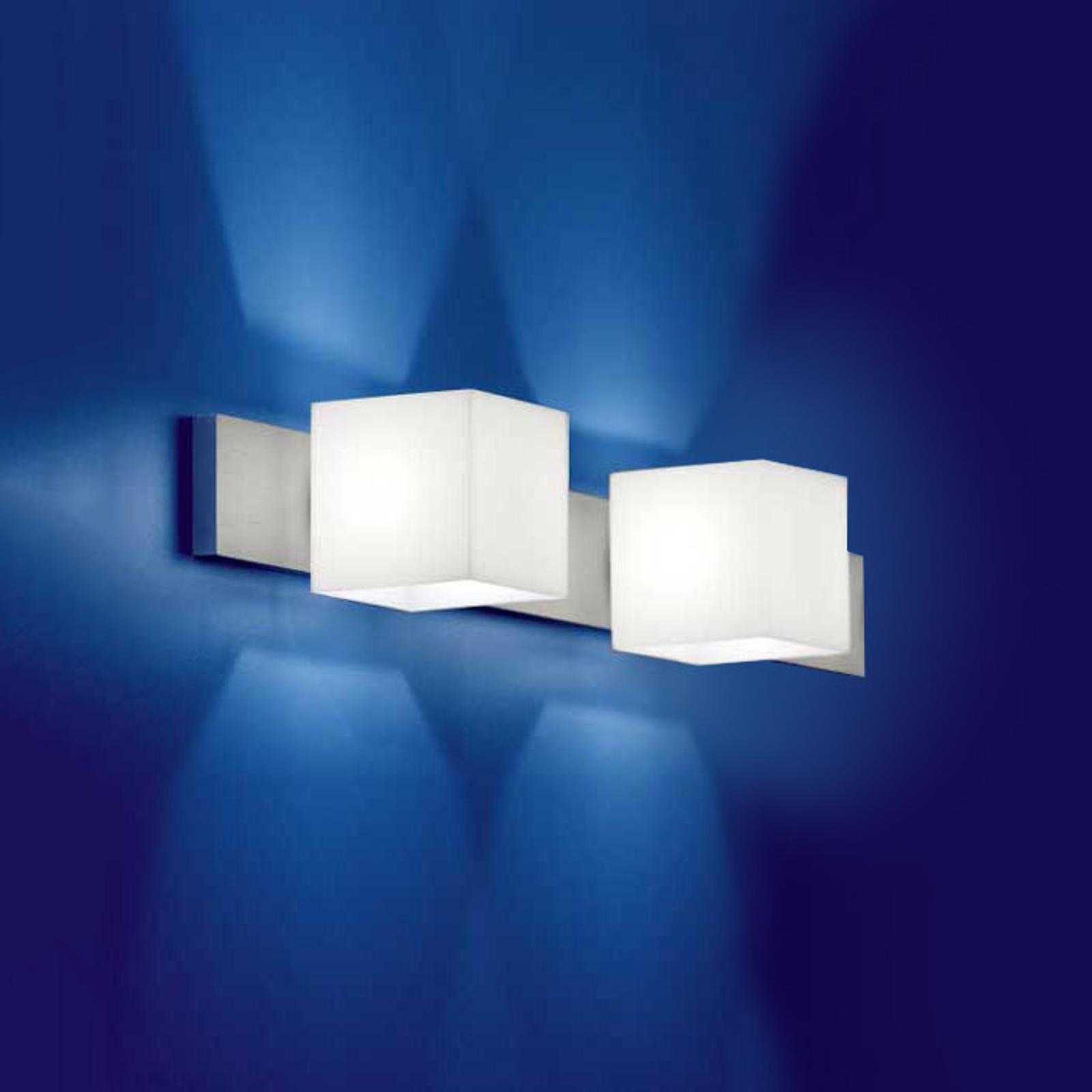 Væglampe CUBE m. 2 lyskilder og blændebeskyttelse