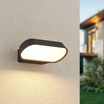 Lucande Badriya LED-Außenwandleuchte, Breite 18 cm