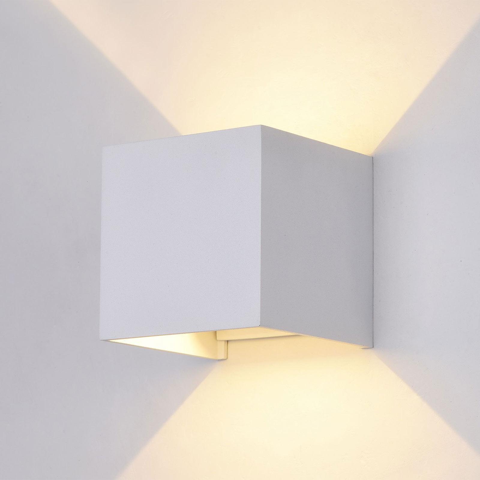 Fulton utendørs LED-vegglampe, 10x10cm, hvit