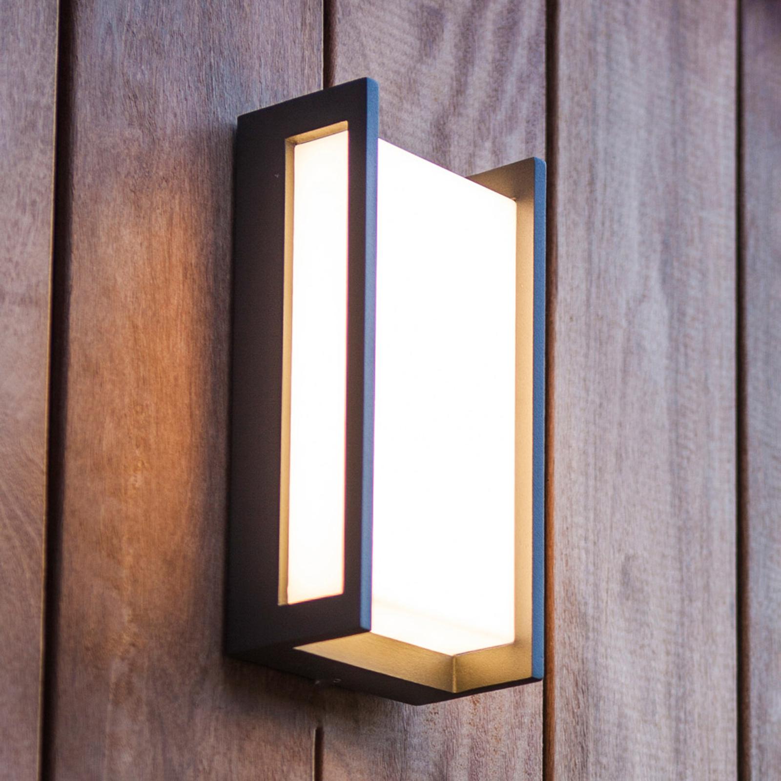 Qubo utendørs LED-vegglampe, RGBW, smart