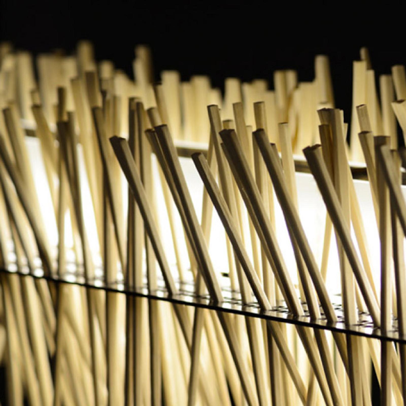 Lampa wisząca LED Hayashi wykonana z pałeczek