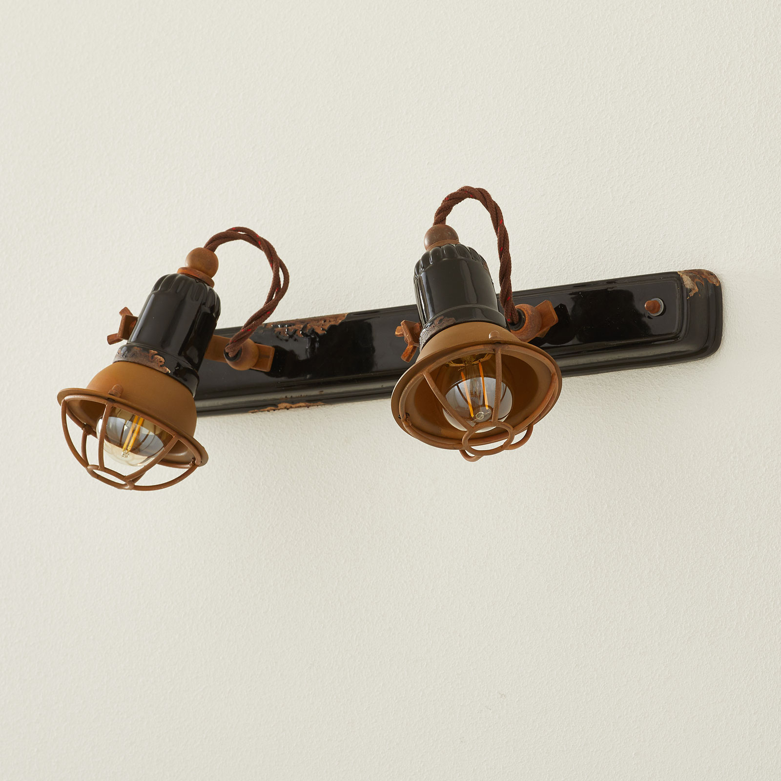 Wandlamp C1676/1 met korf, 2-lamps, zwart