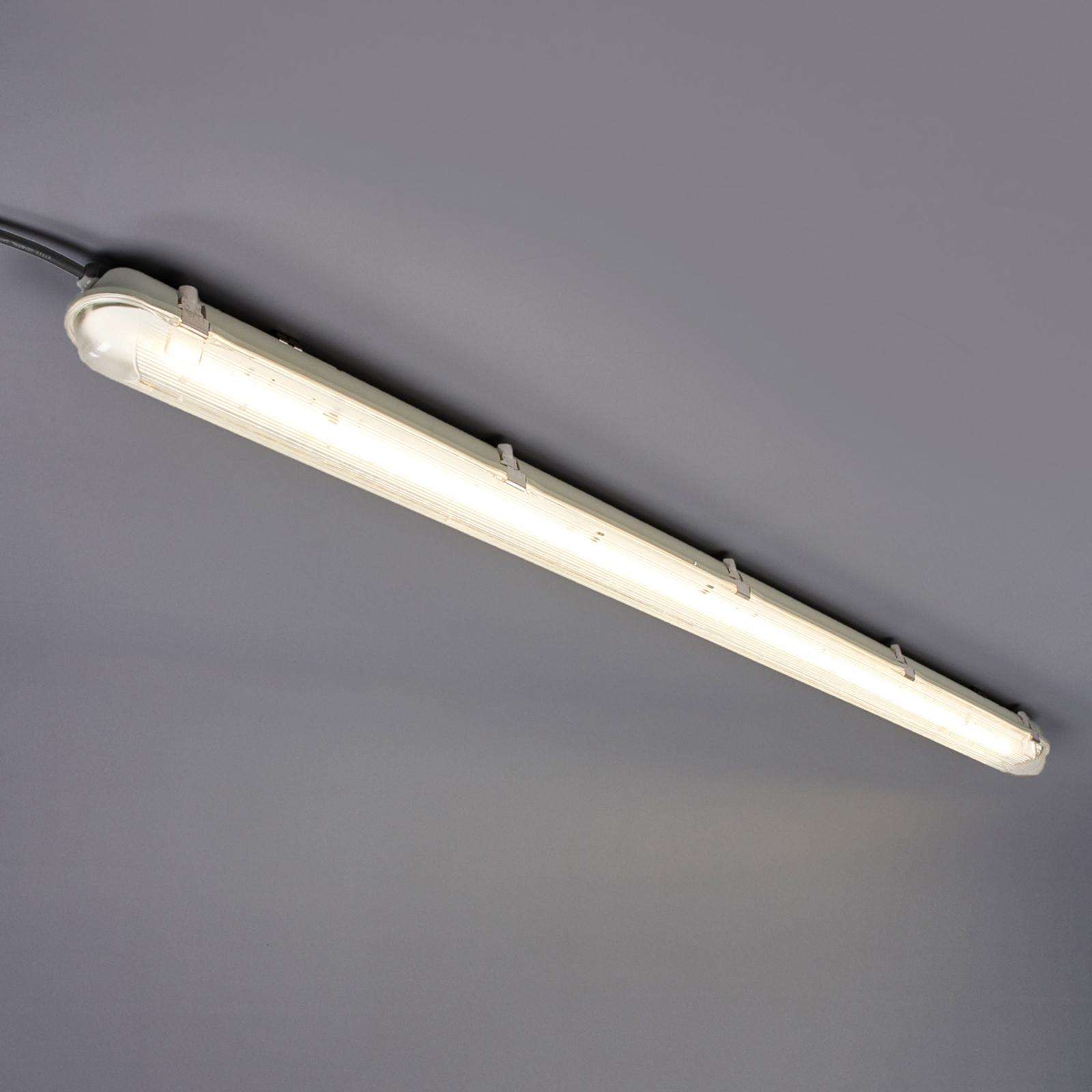 Lampa podłużna LED do pomieszczeń wilgotnych, 34 W