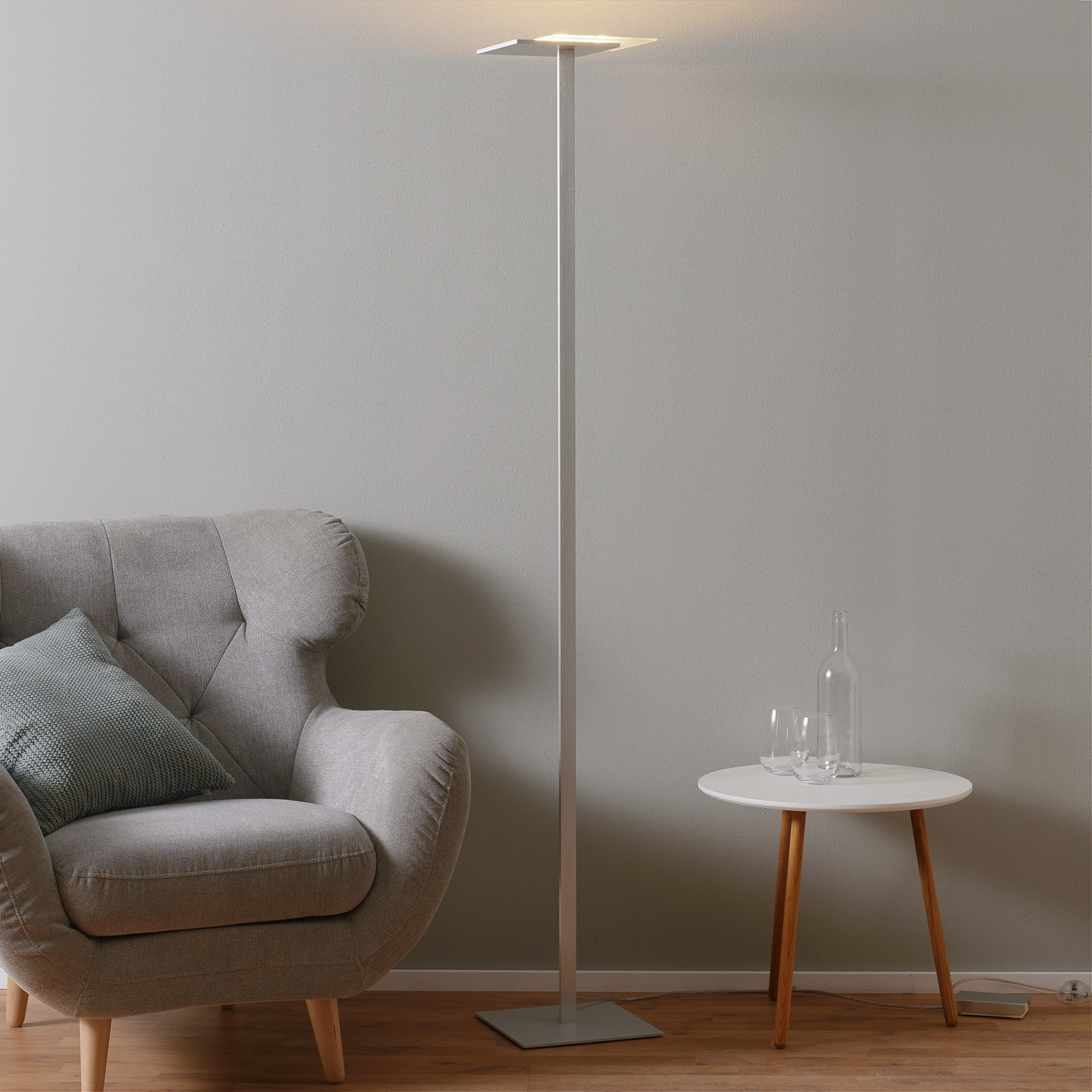 Flat LED floor lamp with touch dimmer_1556099_1