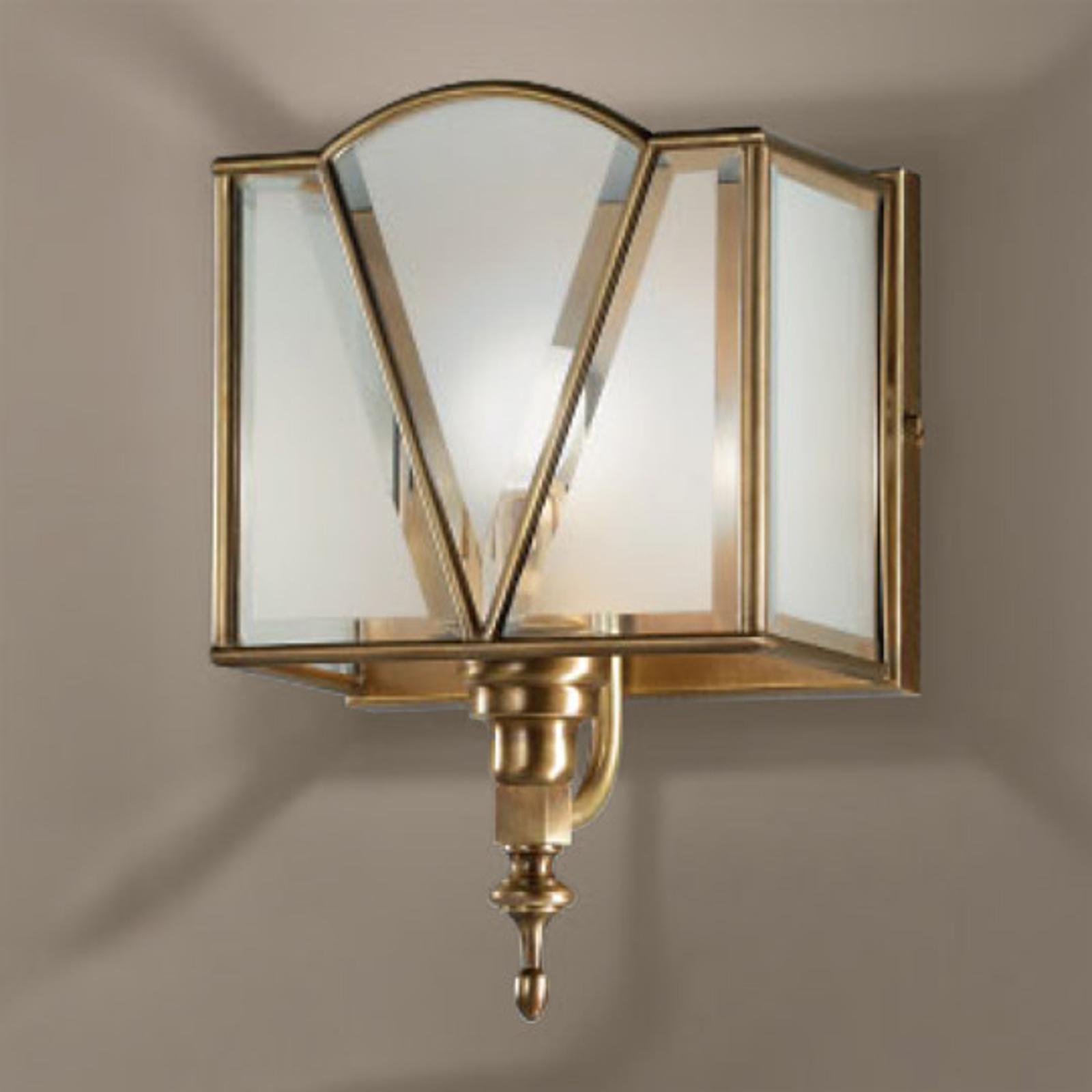 Atrakcyjna lampa ścienna Classic brązowana