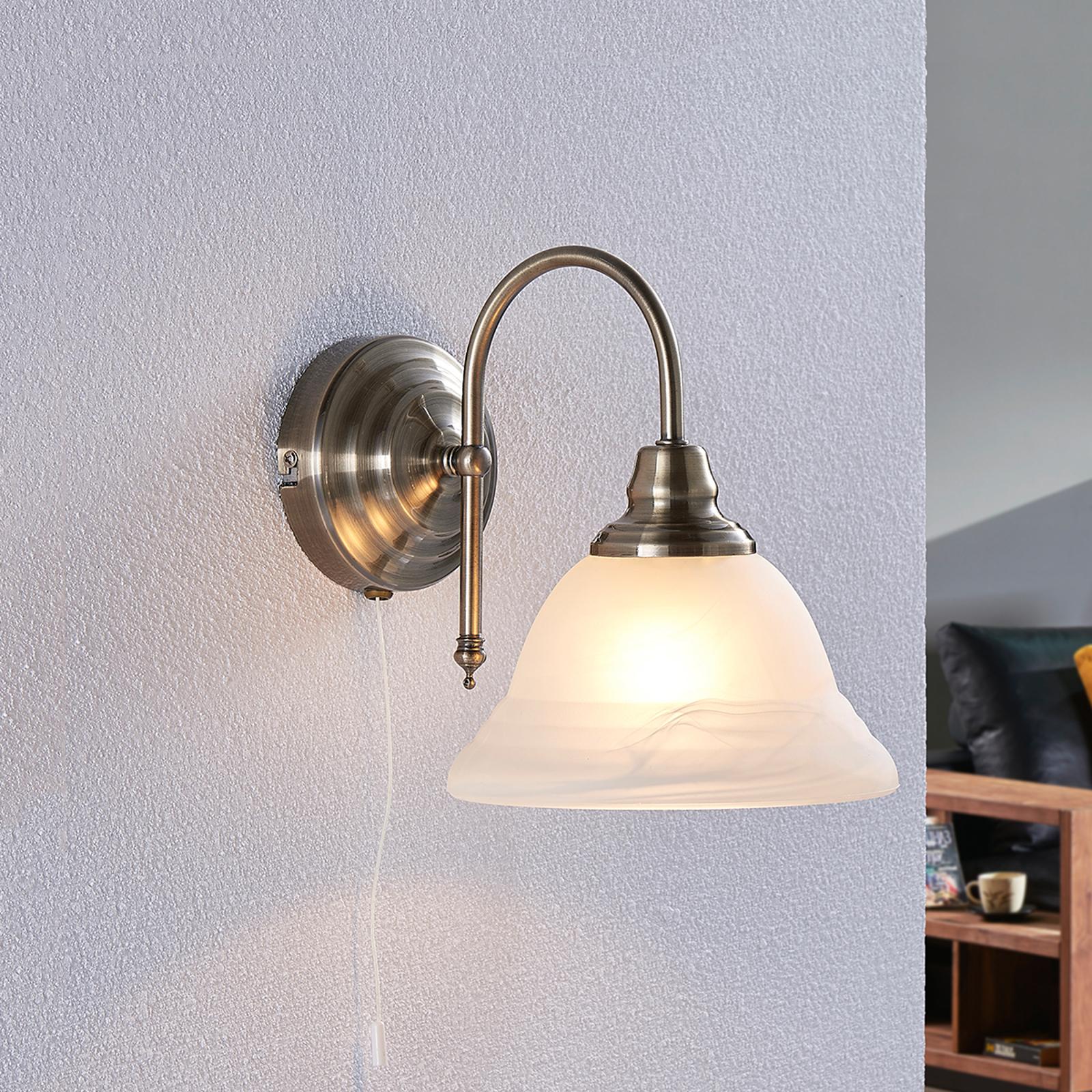 Antiek ogende wandlamp Hanna