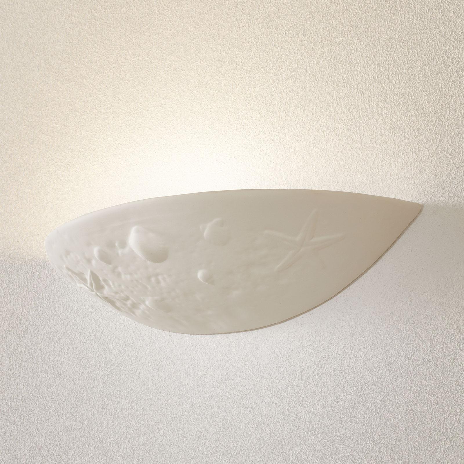 Væglampe i keramik Delia m. et maritimt motiv